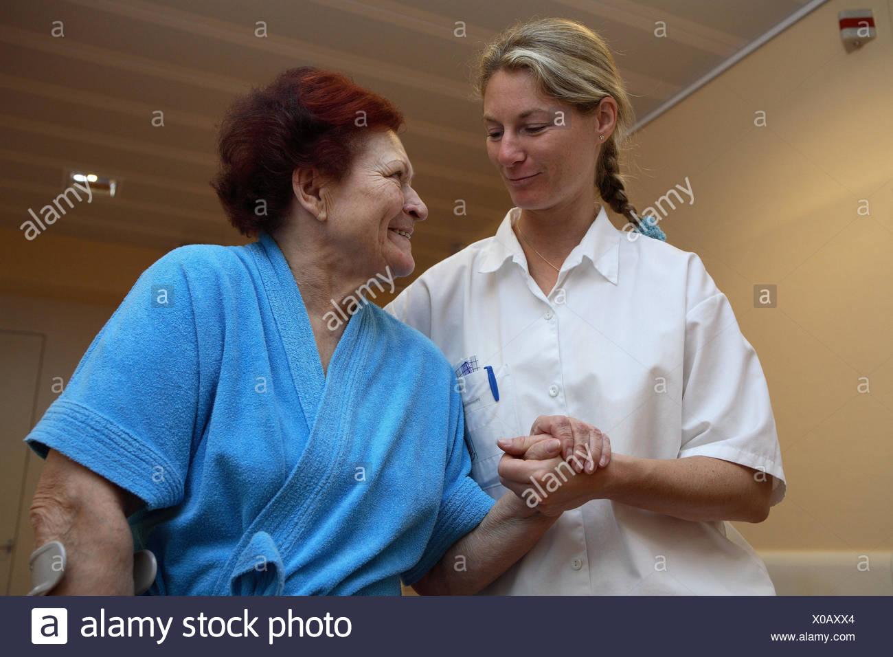 Hermosa Reanudar Enfermera Clínica Fotos - Ejemplo De Colección De ...