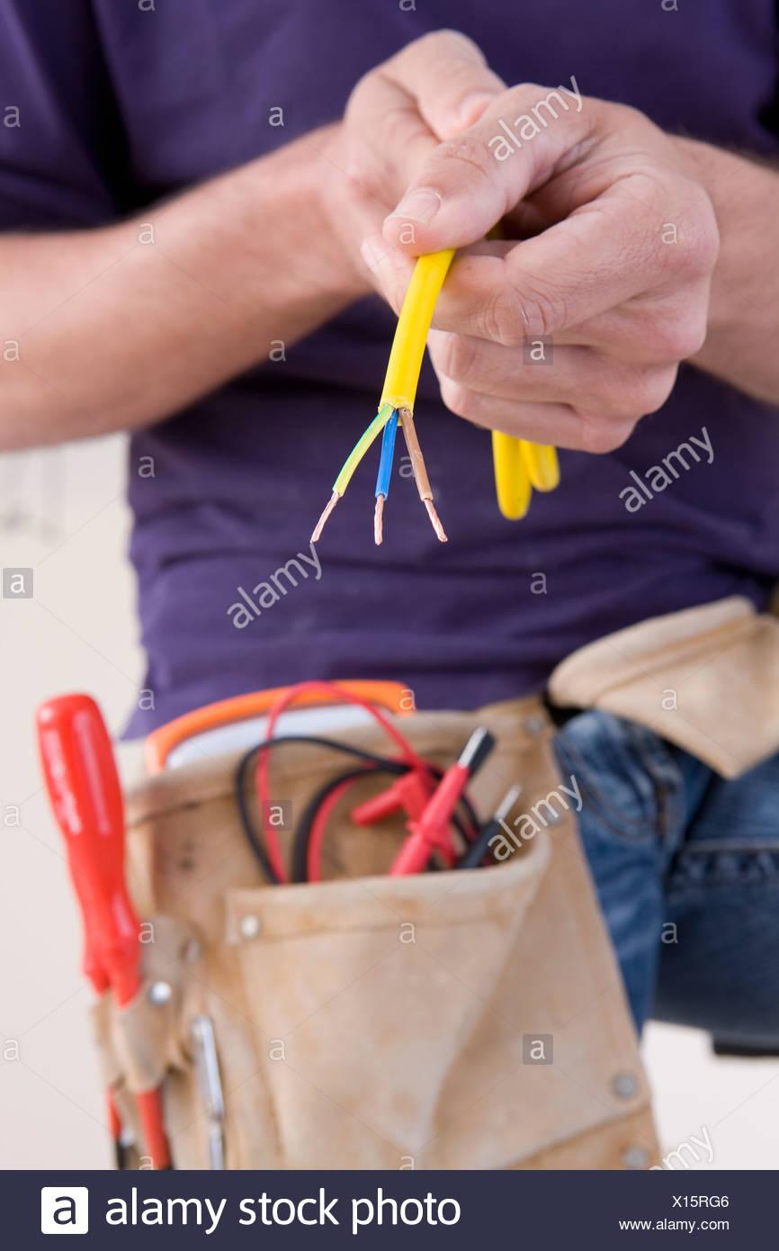Ungewöhnlich Kabel Spleißen Drähte Zusammen Ideen - Elektrische ...