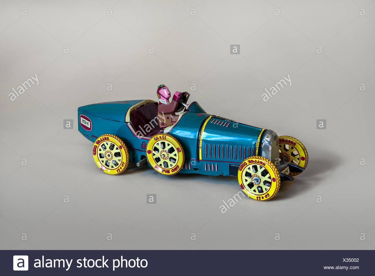 Blechspielzeug Rennwagen mit Fahrer Blechspielzeug