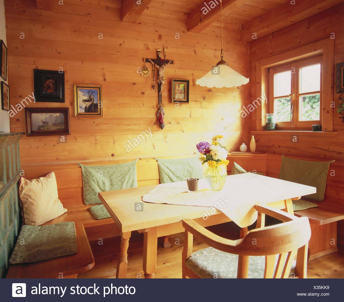Detail, Zimmer, Bauernstube, Küche, Wohnraum, Wohnraum, Essecke, Eckbank,  Esstisch, Holzstück, St. Möbel, Wand, Wandbelag, Wände Aus Holz, Aus Holz,  ...