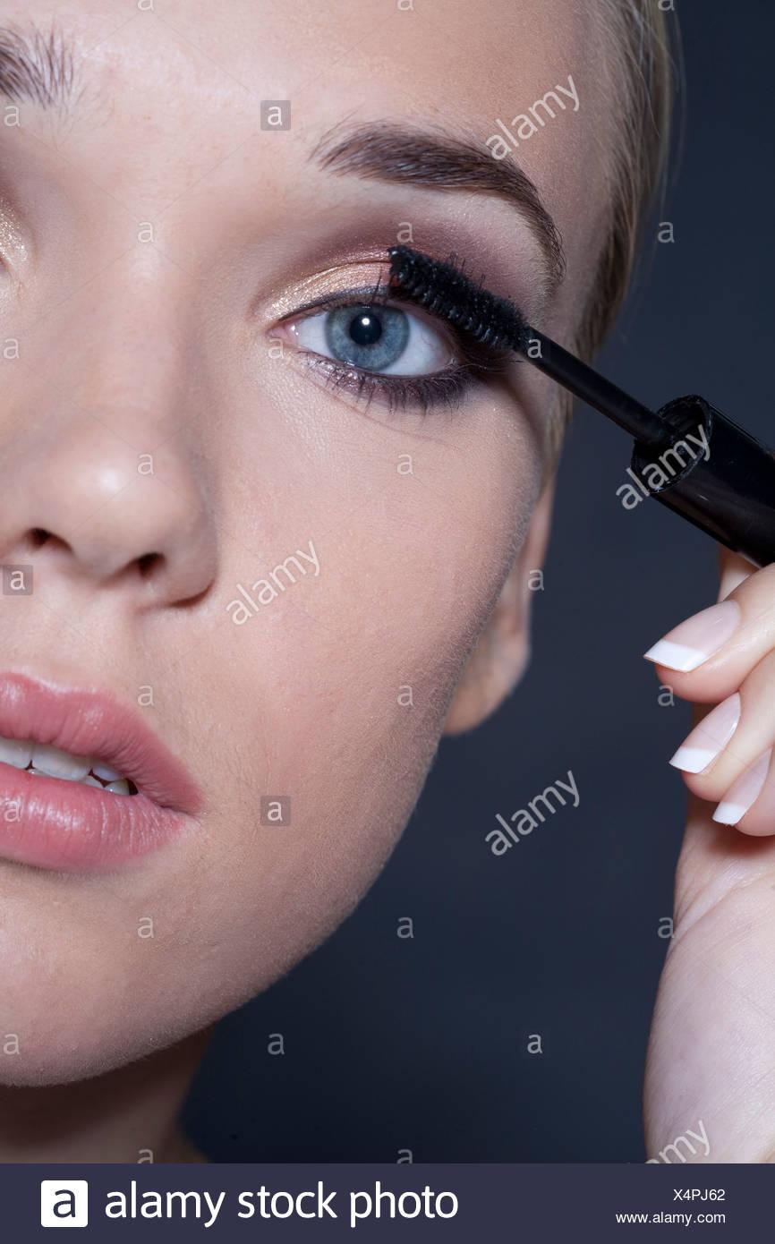 Ansprechend Augen Make Up Schritt Für Schritt Das Beste Von Für Schönheit Und Machen Close Frauen Gesicht,