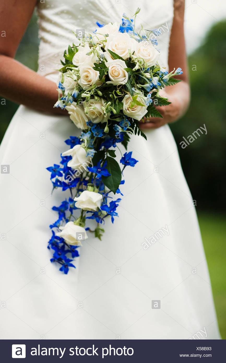 Eine Braut Mit Brautstrauss Schweden Stockfoto Bild 278623663 Alamy