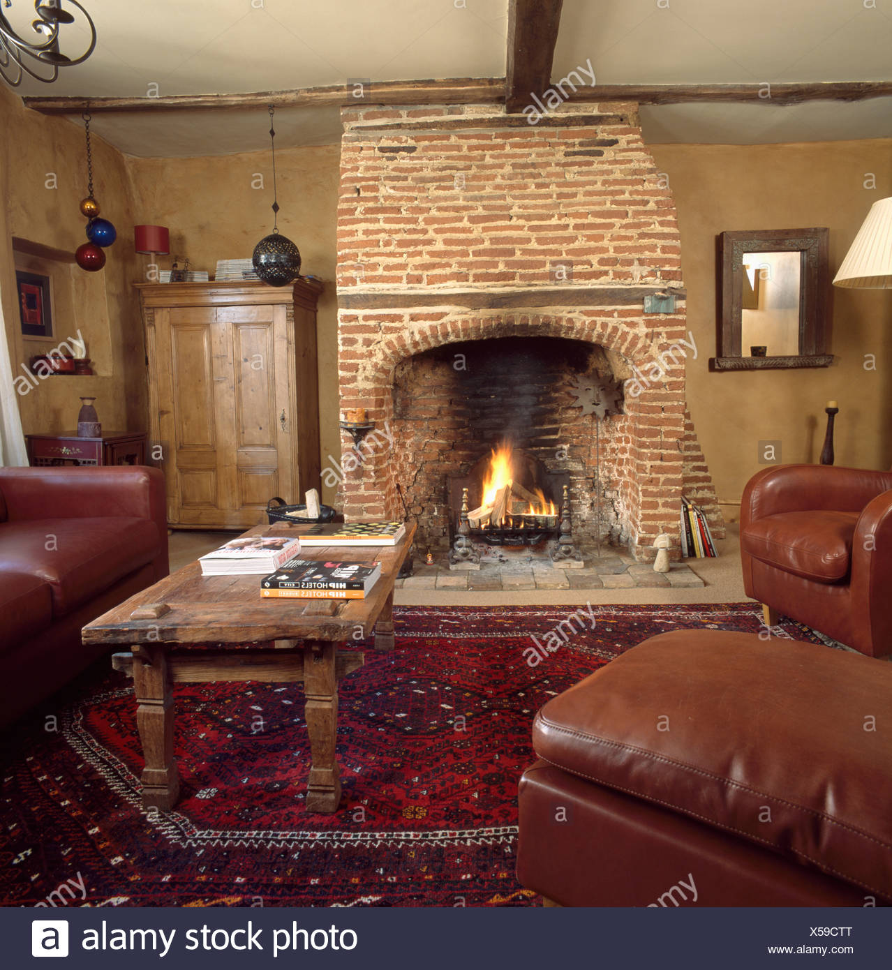 Rustikale Kamine. Beliebt Modern Rustikale Wohnzimmer Mit
