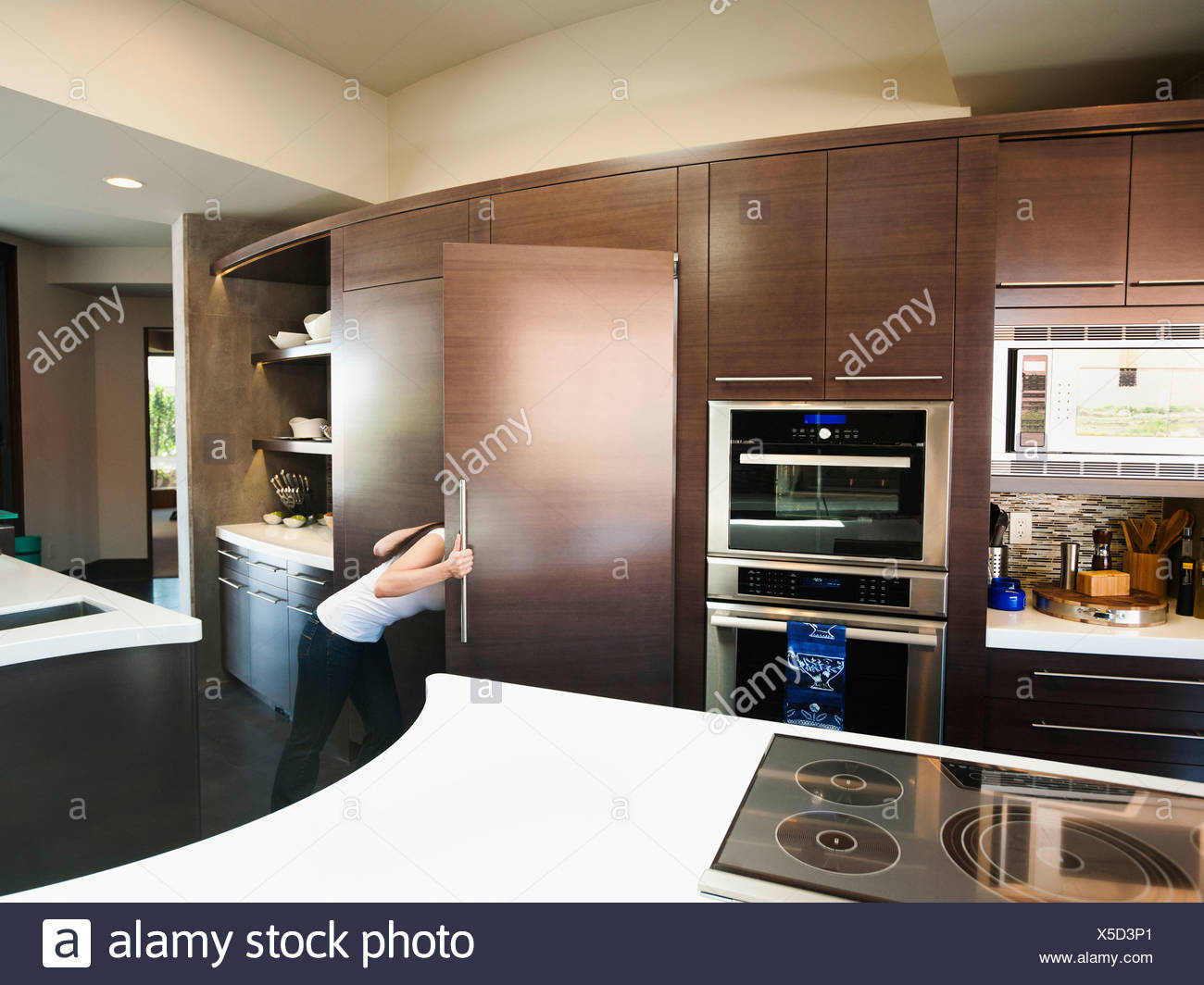 Ausgezeichnet Hollywood Badezimmer Küchen Willoughby Bilder ...