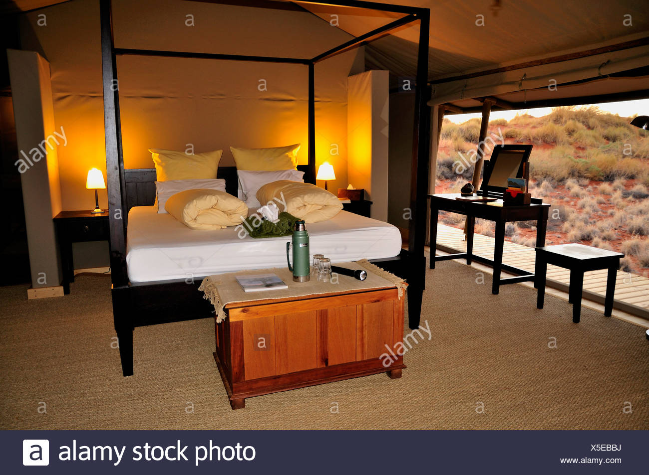 Interieur, Chalet der Wolwedans Dune Lodge in Namib Rand Nature ...
