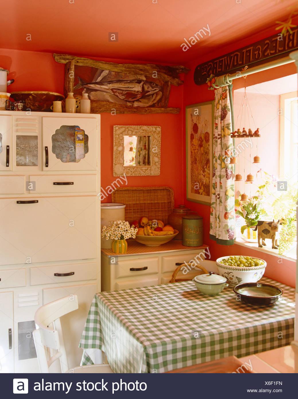 Ungewöhnlich Bauernküche Kanistern Zeitgenössisch - Küchenschrank ...