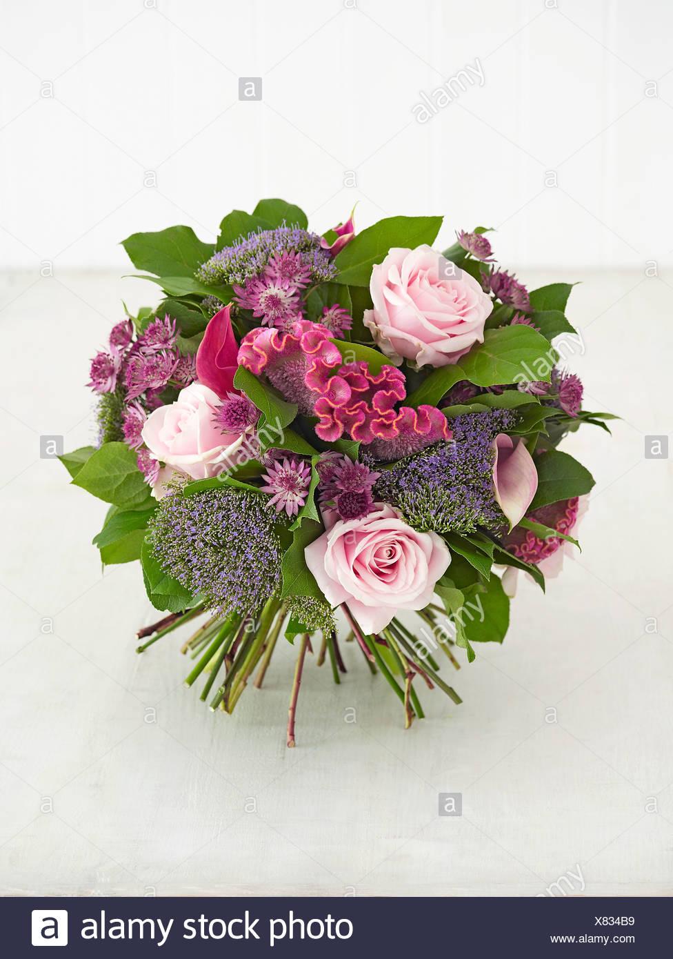 Berühmt Blumenstrauß mit Rosen, Tracheliums, Celosien, Calla-Lilien #OY_72