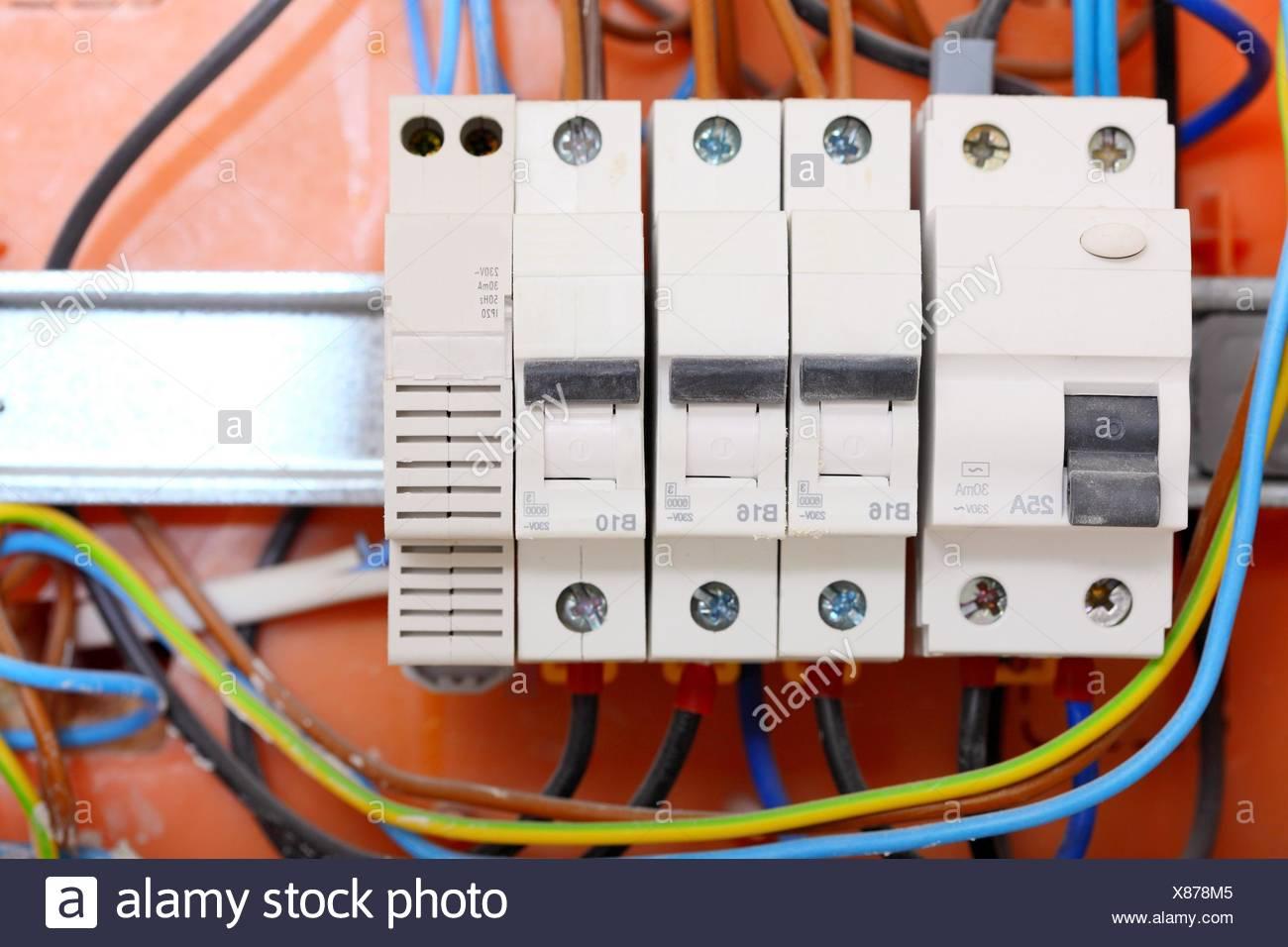 Berühmt Wie Man Schalttafel Installiert Fotos - Elektrische ...