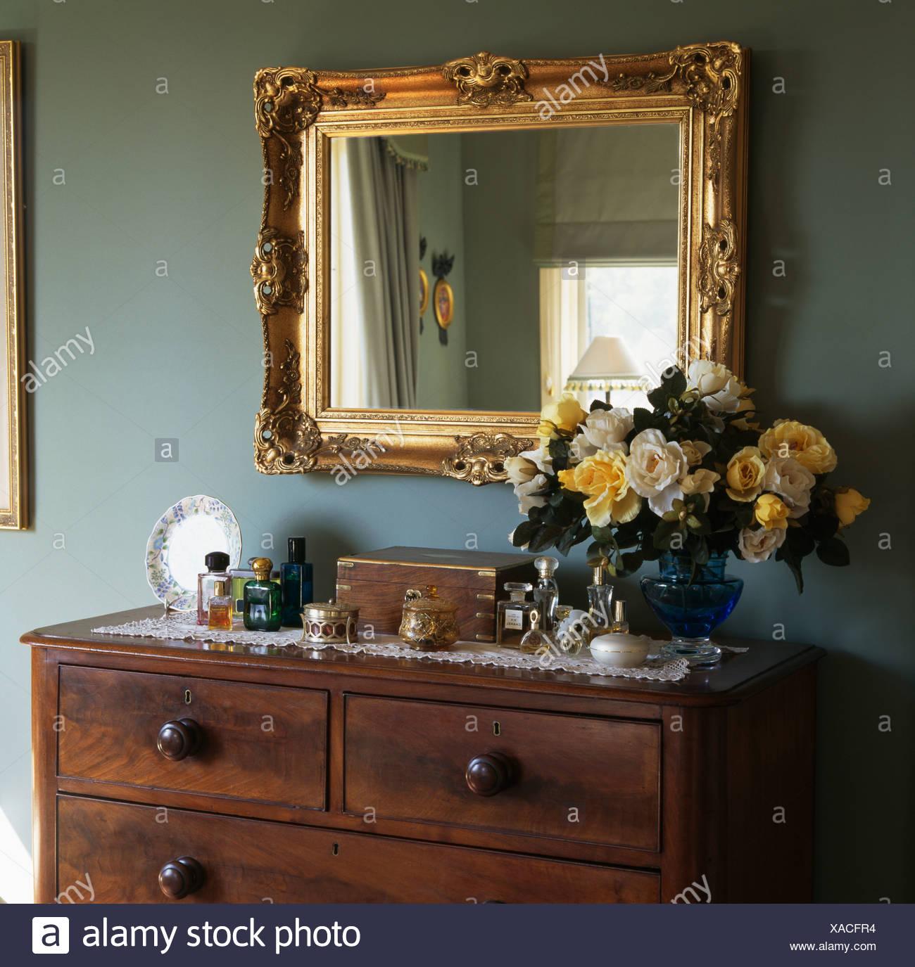 Schlafzimmer kommode antik senioren schlafzimmer mit einzelbett schlaraffia geltex kopfkissen - Spiegel uber kommode ...