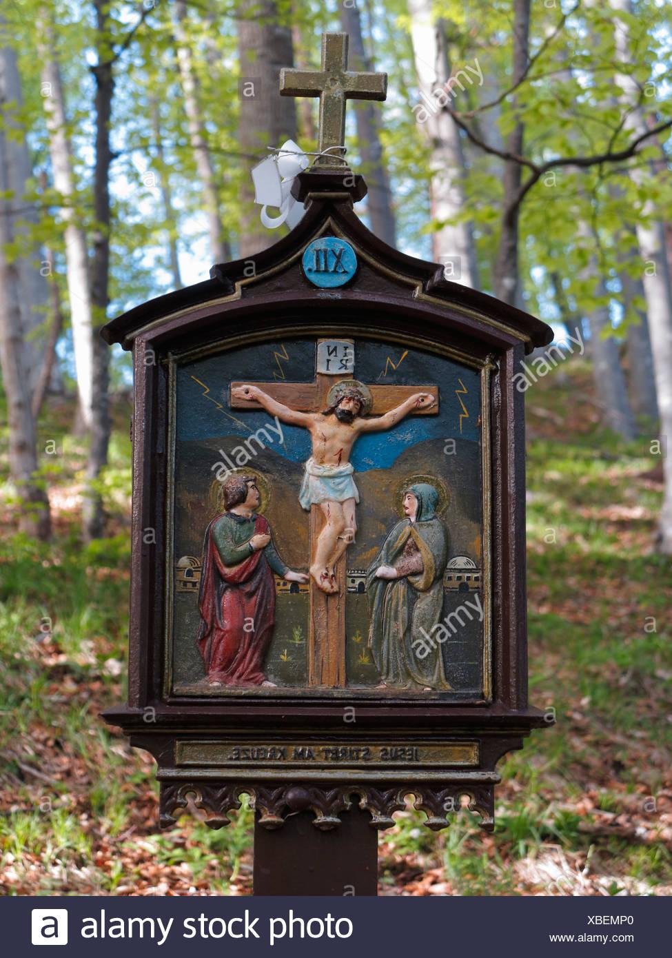 Ziemlich Ausmalbilder Zum Katholischen Kreuz Fotos - Entry Level ...