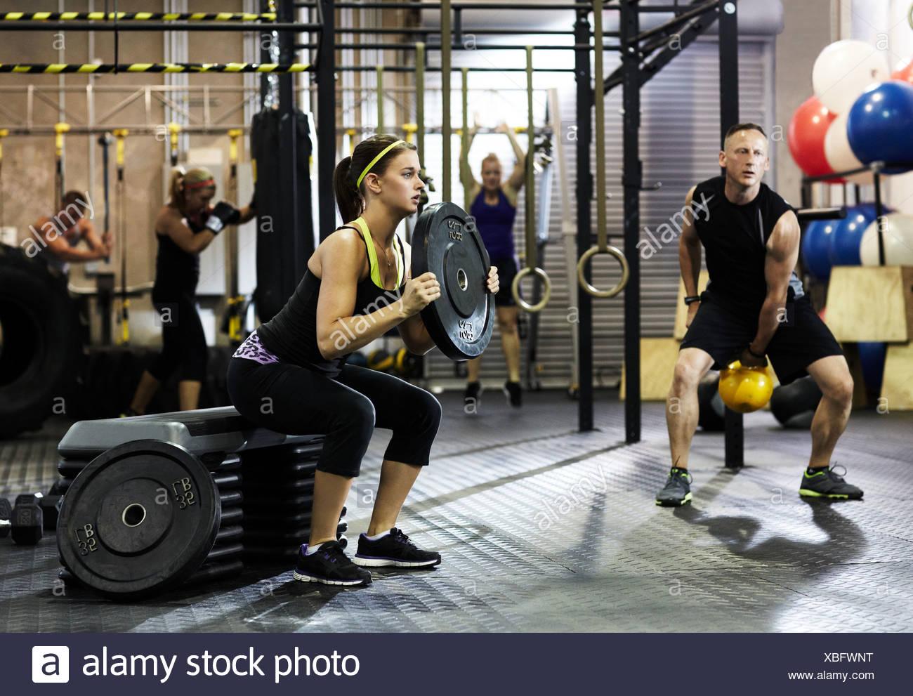 Circuito Gimnasio : Perder grasa rápido incluye rutina de gimnasio de semanas fitsters