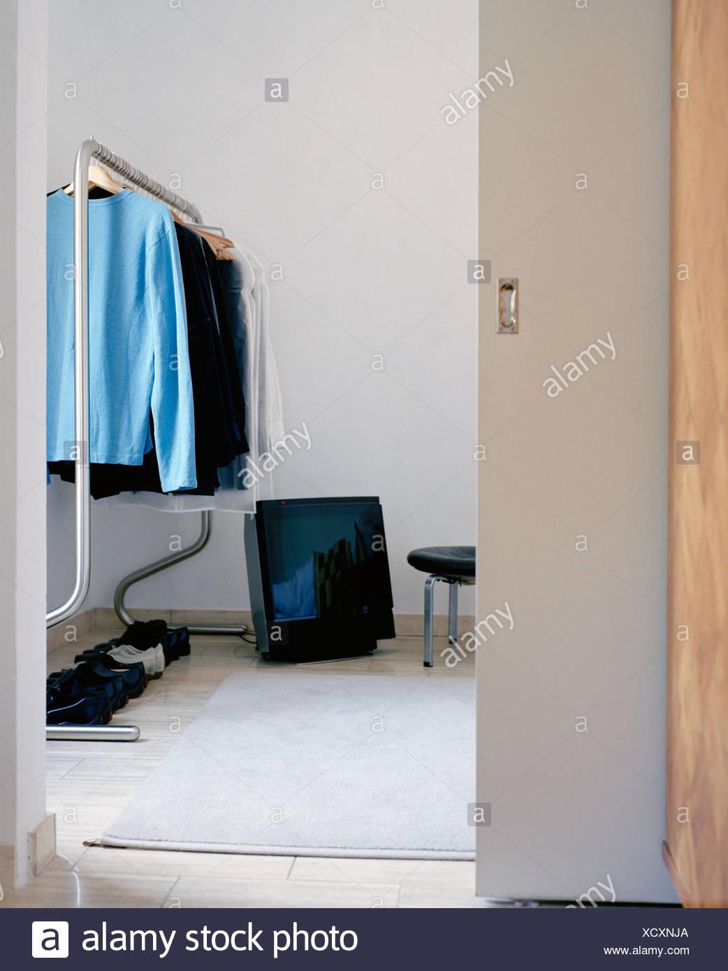Verzauberkunst Fernseher Für Schlafzimmer Sammlung Von Ein Auf Dem Boden Im Schlafzimmer, Schweden.
