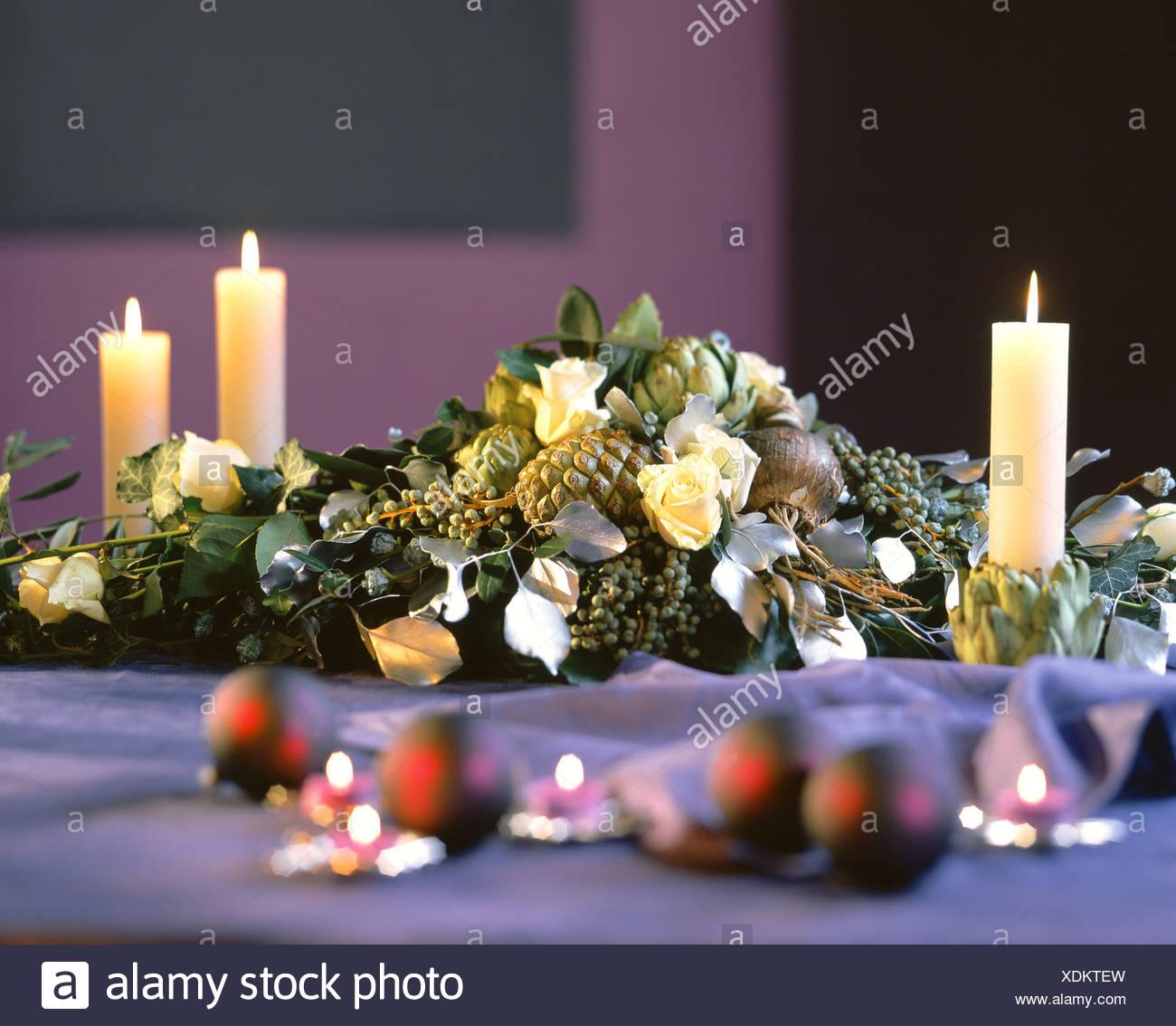 Festliche Blumenarrangements Als Tisch Oder Buffet Dekoration