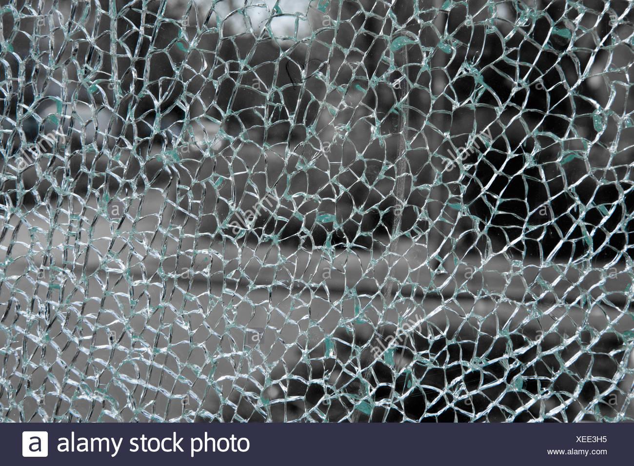 Ausgezeichnet Maschendraht Glas Schranktüren Bilder - Die Besten ...