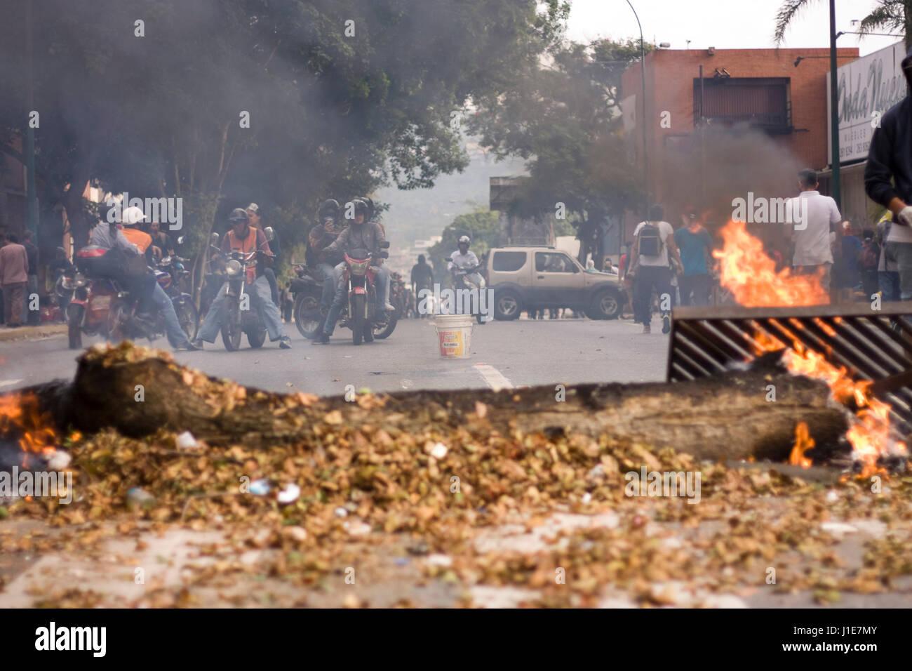 st. pauli barricade ile ilgili görsel sonucu