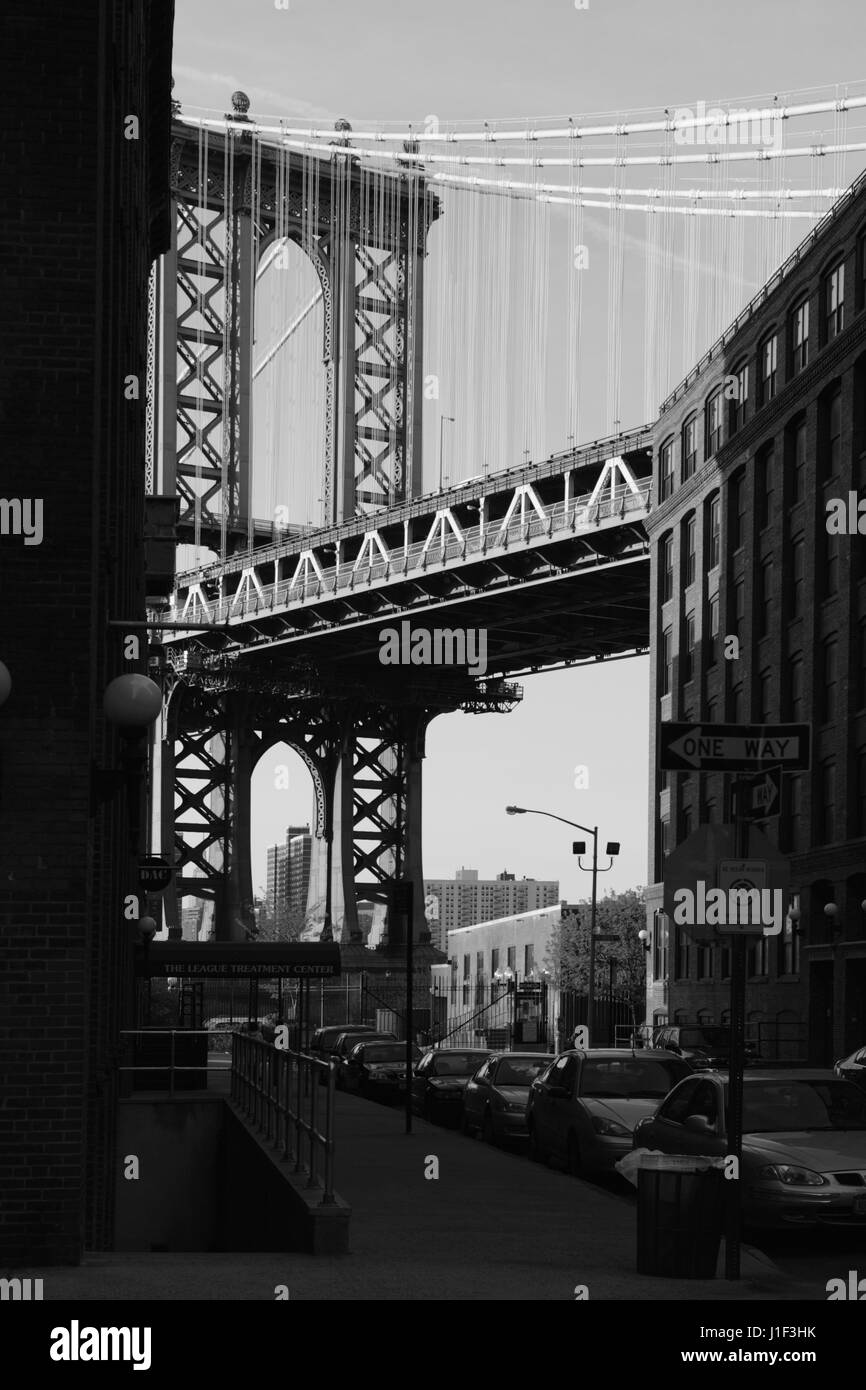 old bridge black singles Wondering what the hip clubs, restaurants are for black professionals  where  do black singles hang out in new york  1:56 pm broadway musical or play  recommended for 13 year old boys 1:54 pm rail travel from grand central  terminal to  what is there to see and do near wtc/sol/brooklyn bridge/si  ferry.
