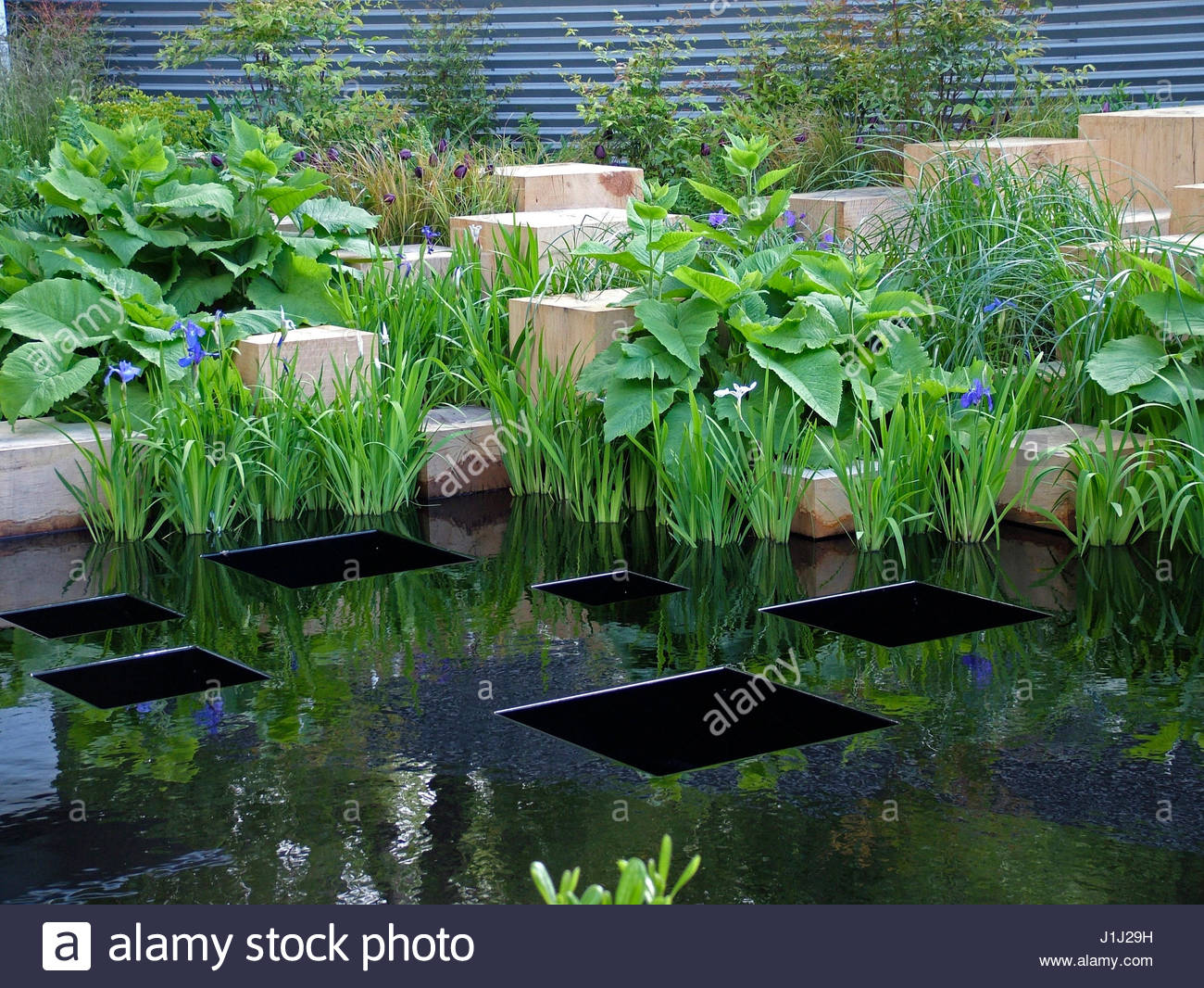 Merrill lynch stock photos merrill lynch stock images alamy for Lynch s garden center