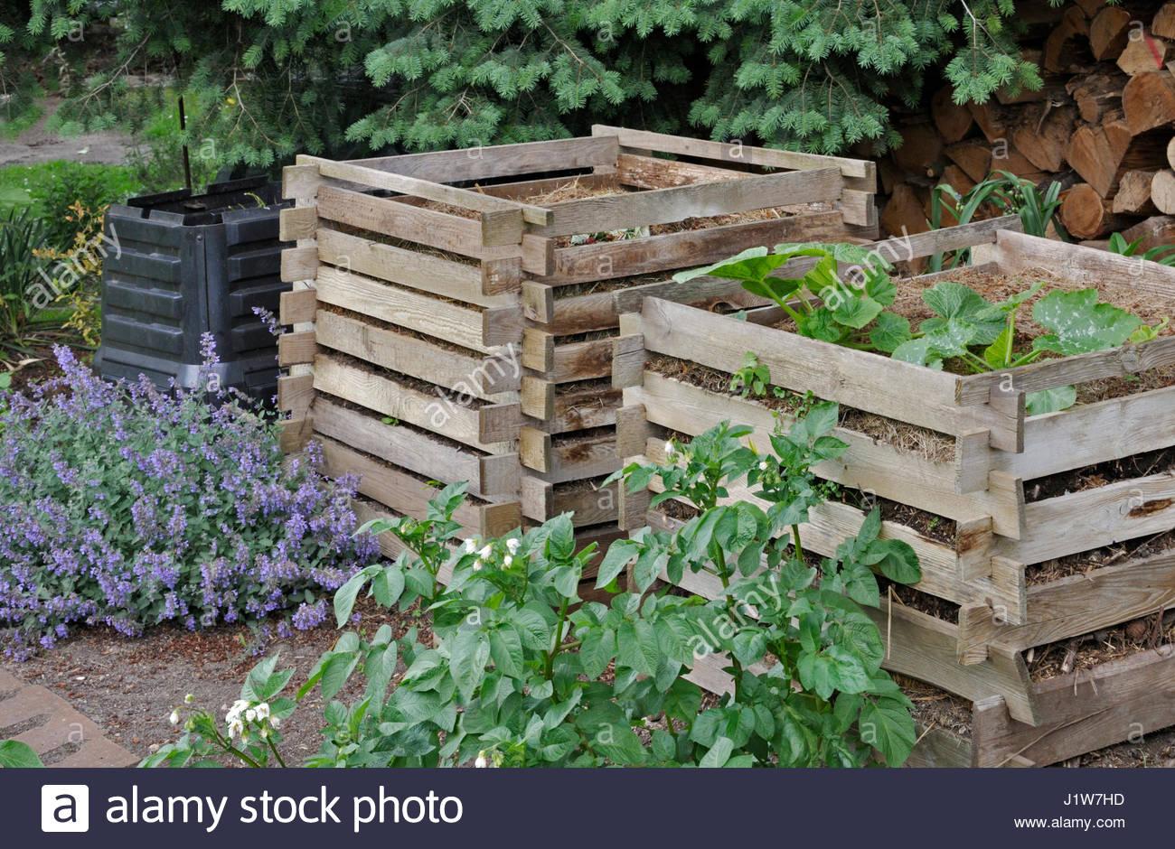 wooden compost bin stock photos u0026 wooden compost bin stock images
