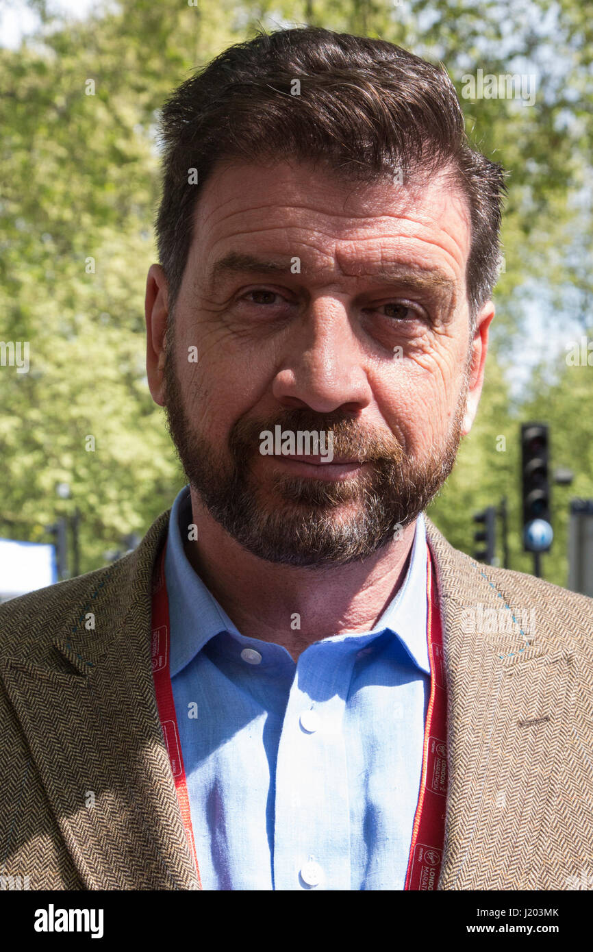 nick knowles - photo #15