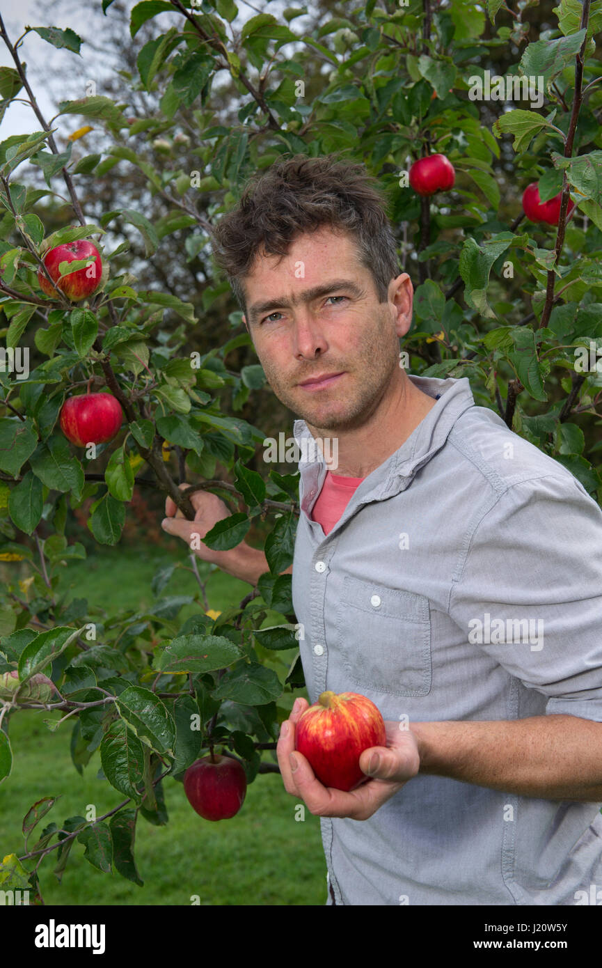 BAY AREA'S PREMIER HOME ORCHARD AND EDIBLE LANDSCAPE COMPANY