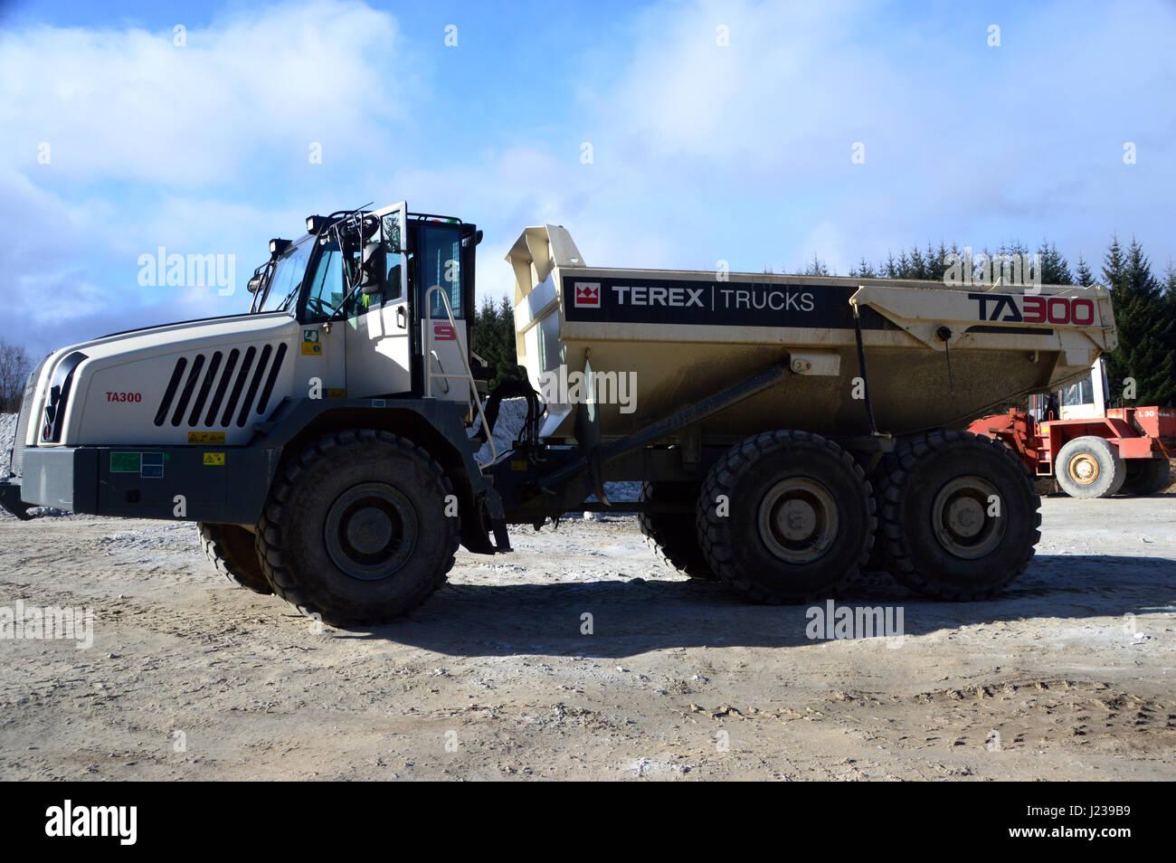 articulated dump truck stock photos u0026 articulated dump truck stock