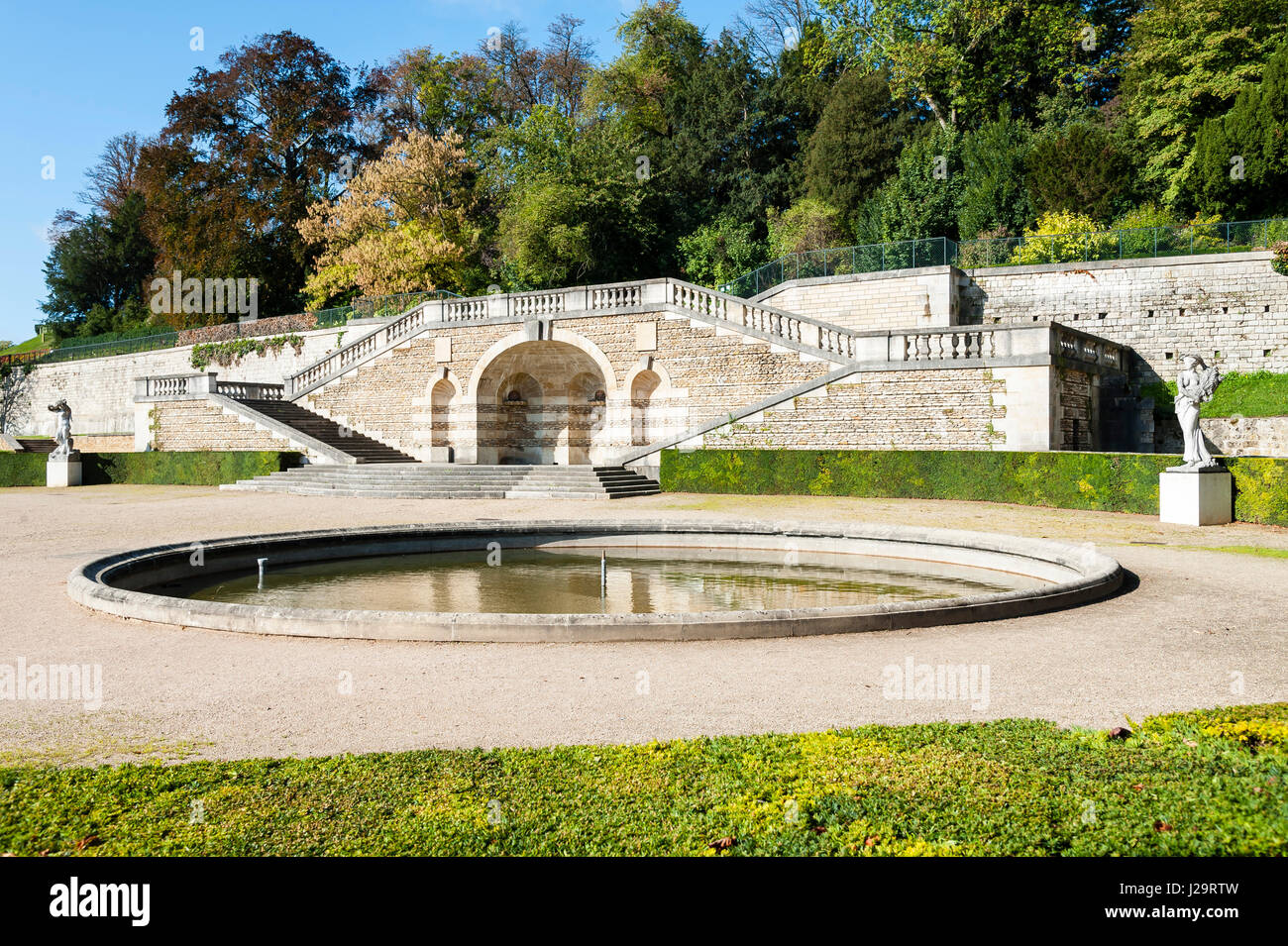 Parc de saint cloud stock photos parc de saint cloud stock images alamy - Parking porte de saint cloud ...