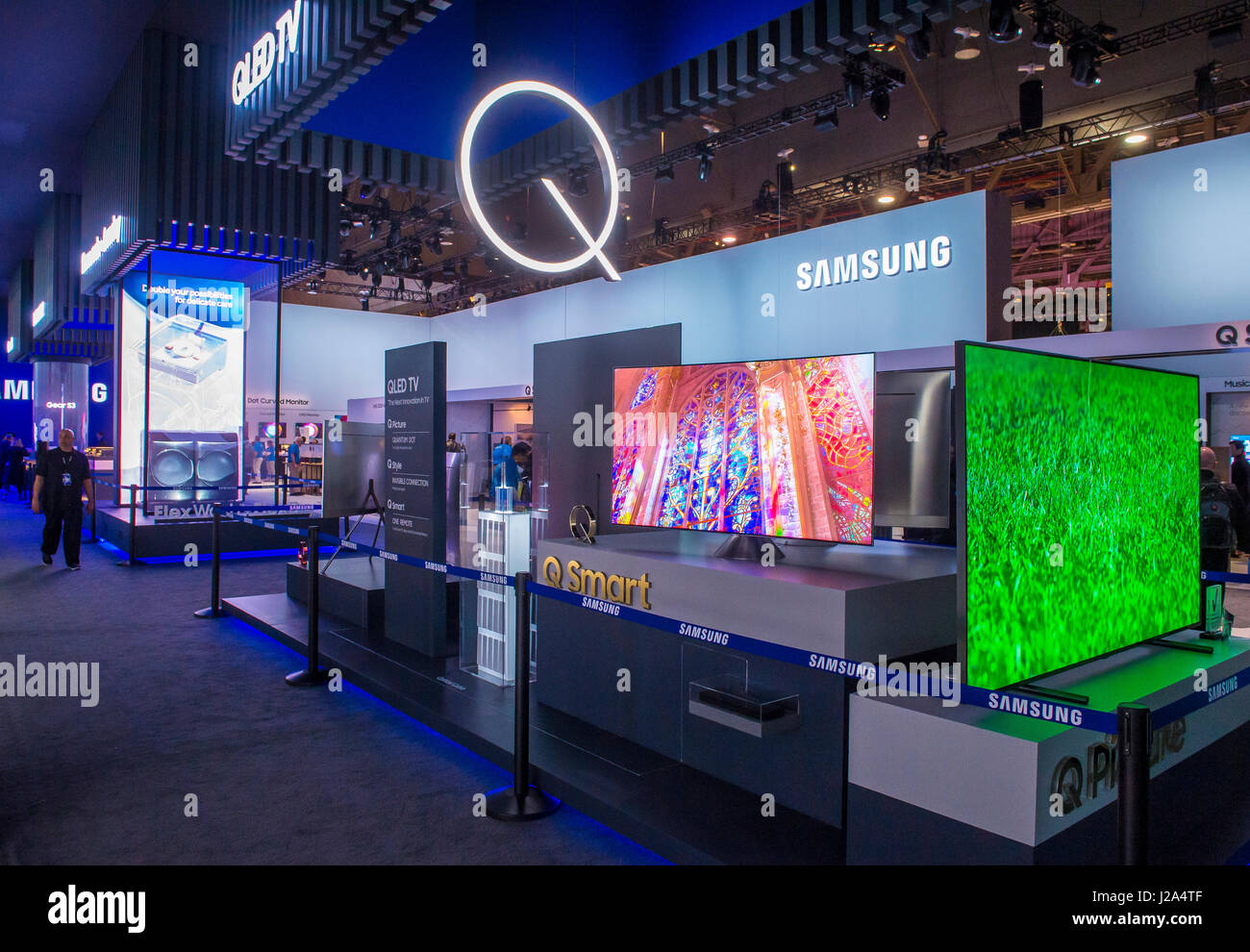samsung booth ces show held stock photos samsung booth ces show held stock images alamy. Black Bedroom Furniture Sets. Home Design Ideas