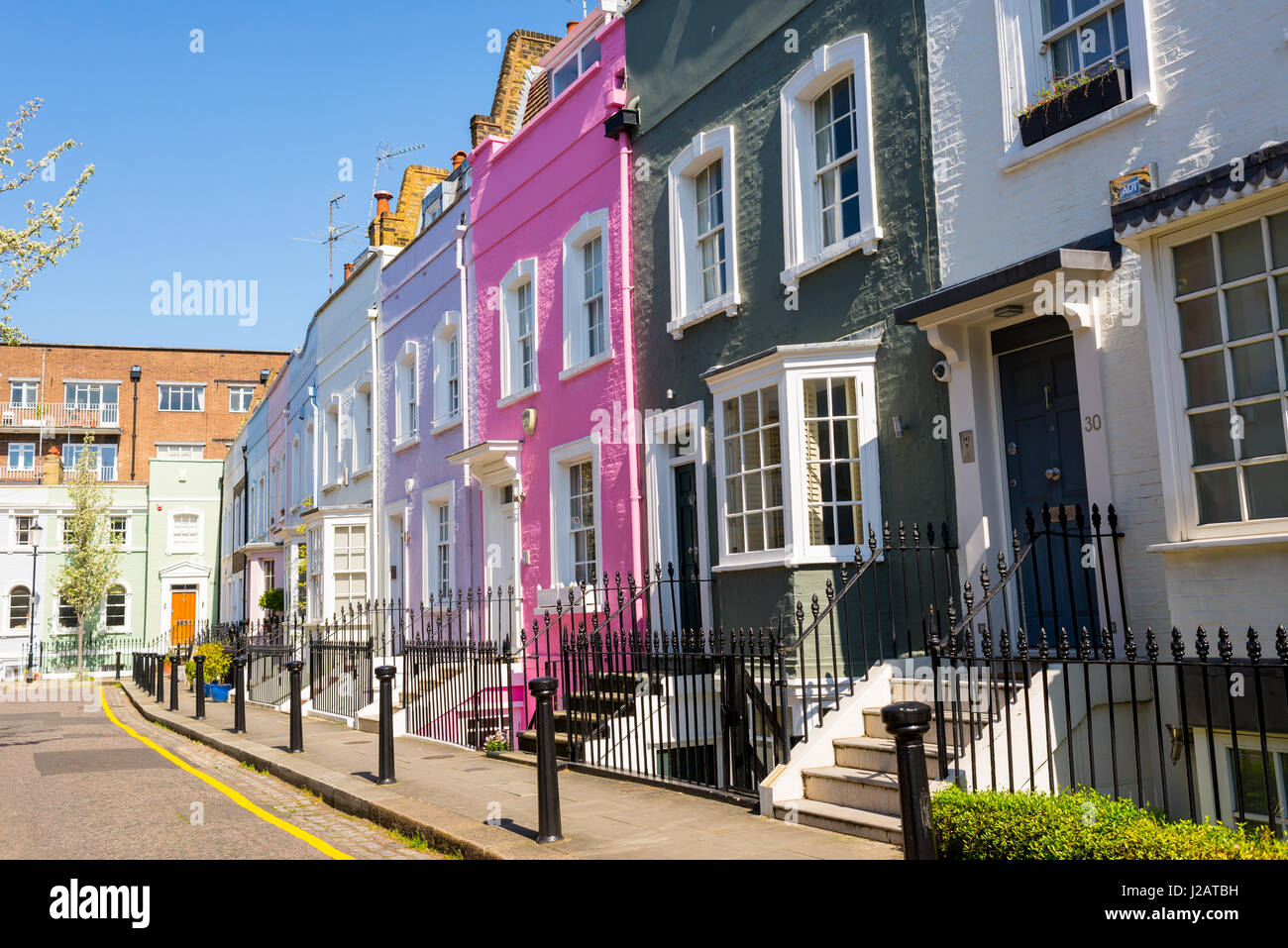 mews houses stock photos mews houses stock images alamy. Black Bedroom Furniture Sets. Home Design Ideas