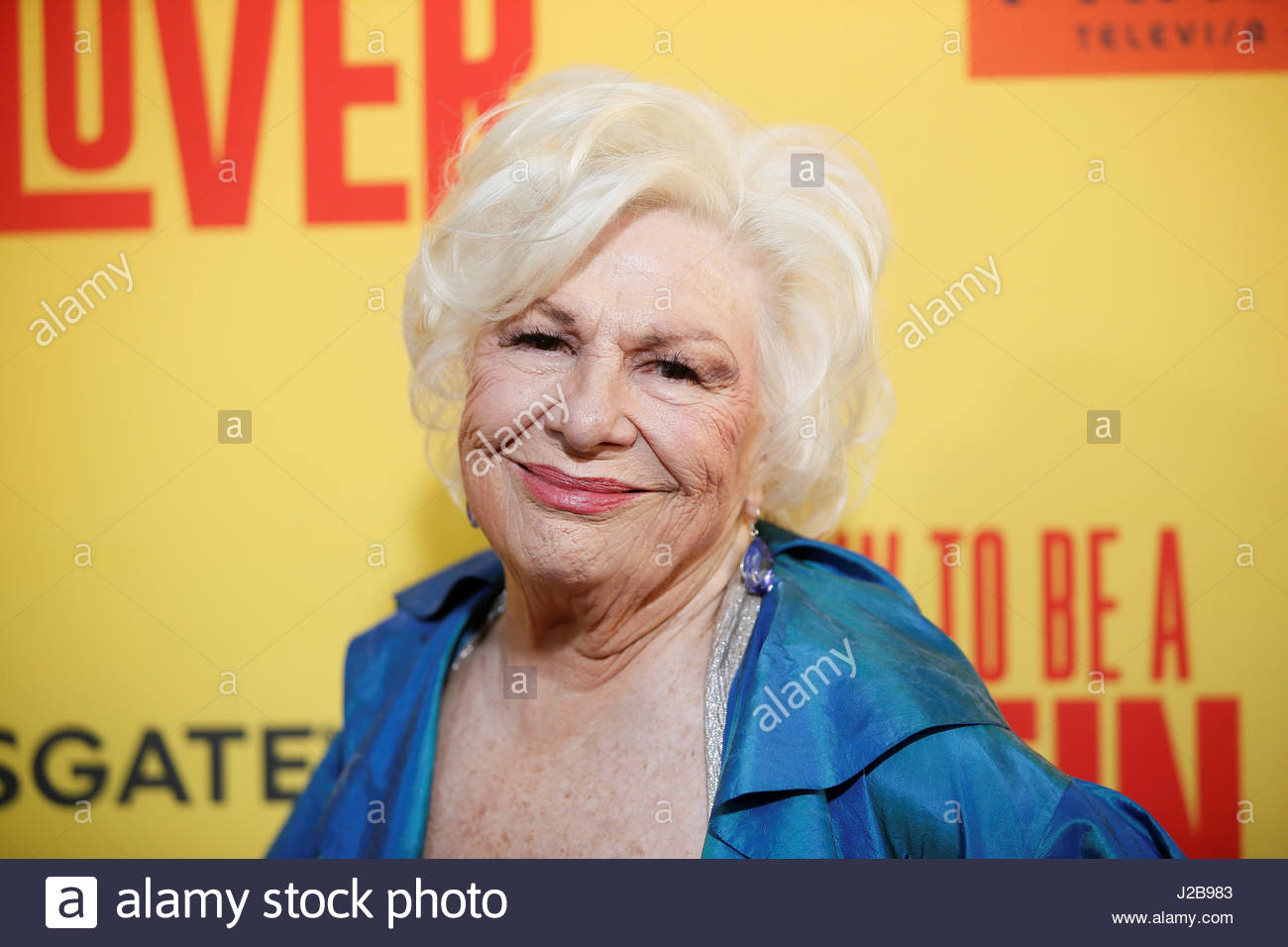 Actor Renee Taylor Poses At The Premiere Of 'how To Be A Latin Lover'