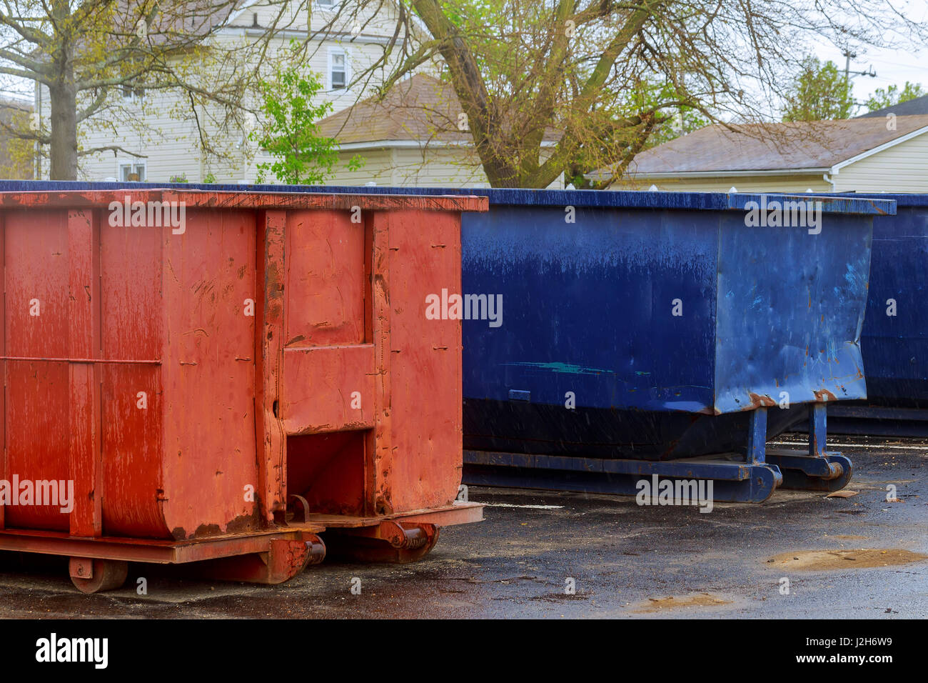 Garbage truck dumpster stock photos garbage truck for Construction container