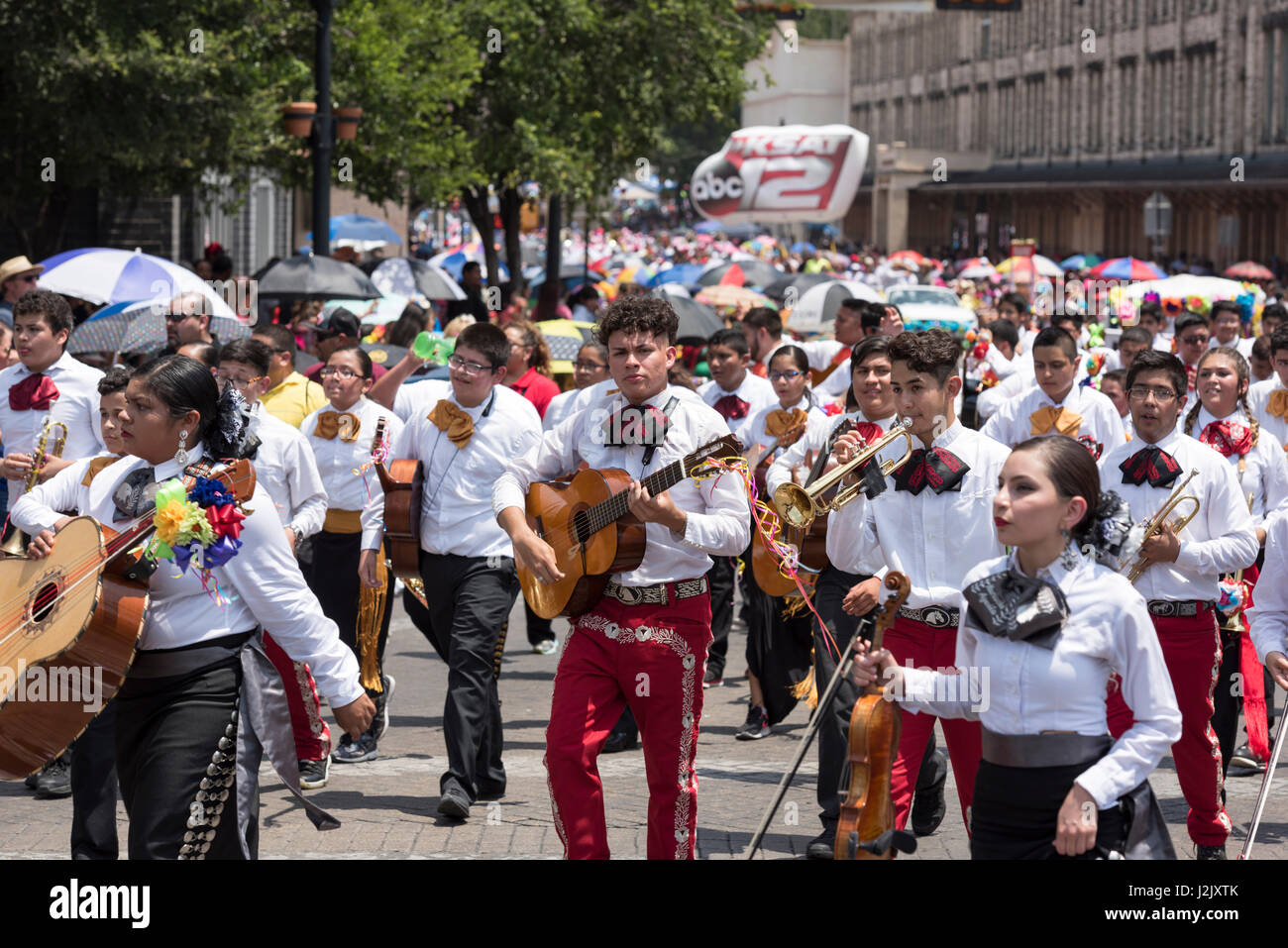 The battle of flowers parade is the oldest event and largest parade of fiesta san