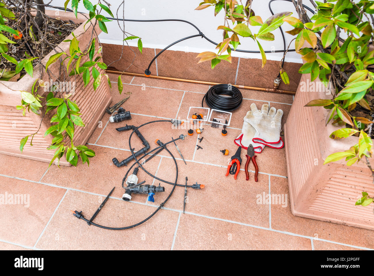 Automatic watering system for potted plants - Luxurious Copper Drip Irrigation System With Copper Pipes Micro Irrigation System For Pot Plants
