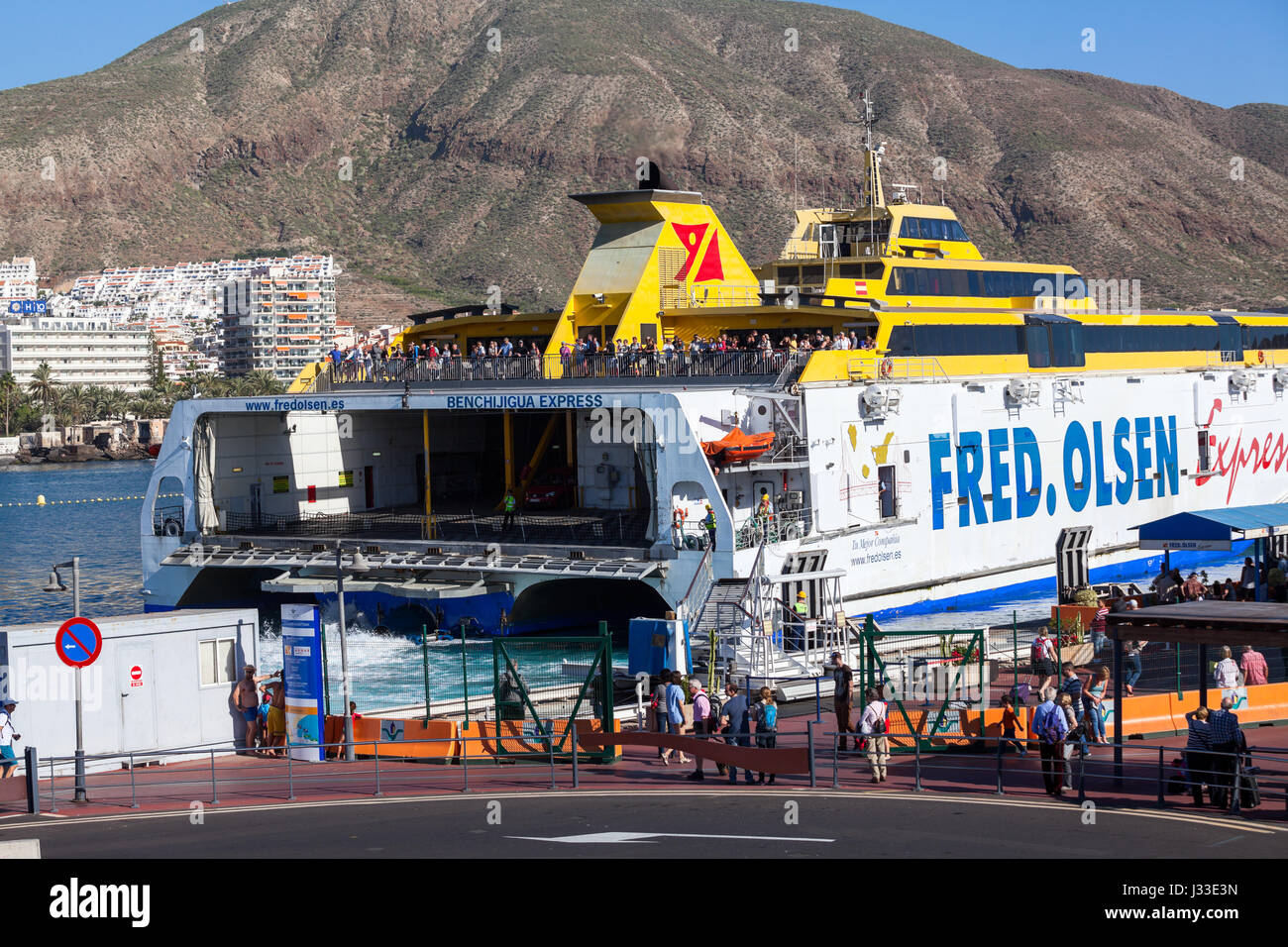 Atlantic express stock photos atlantic express stock for Oficina fred olsen los cristianos