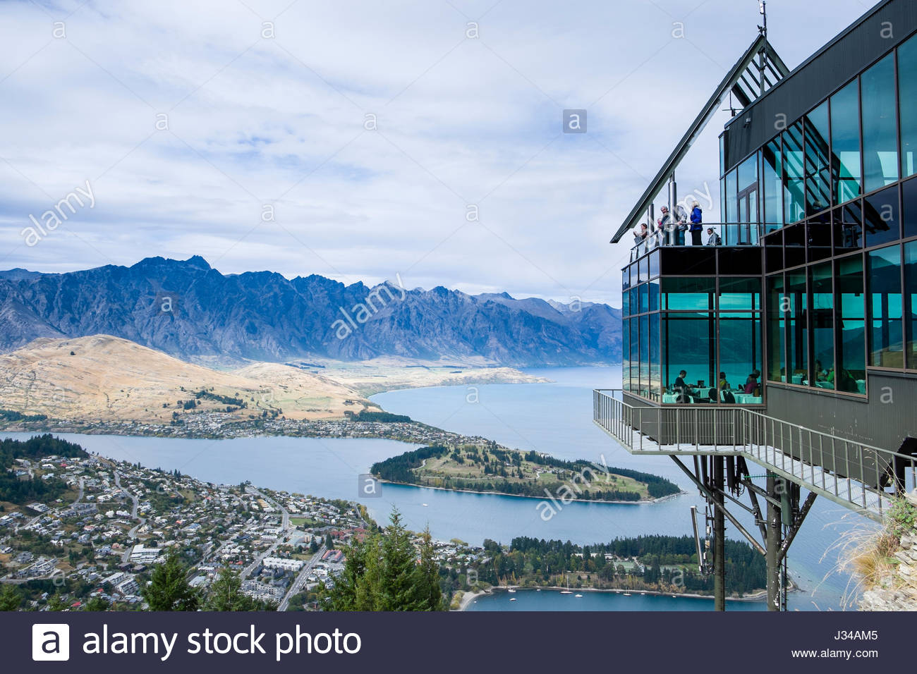 Skyline restaurant queenstown stock photos skyline for 5 the terrace queenstown