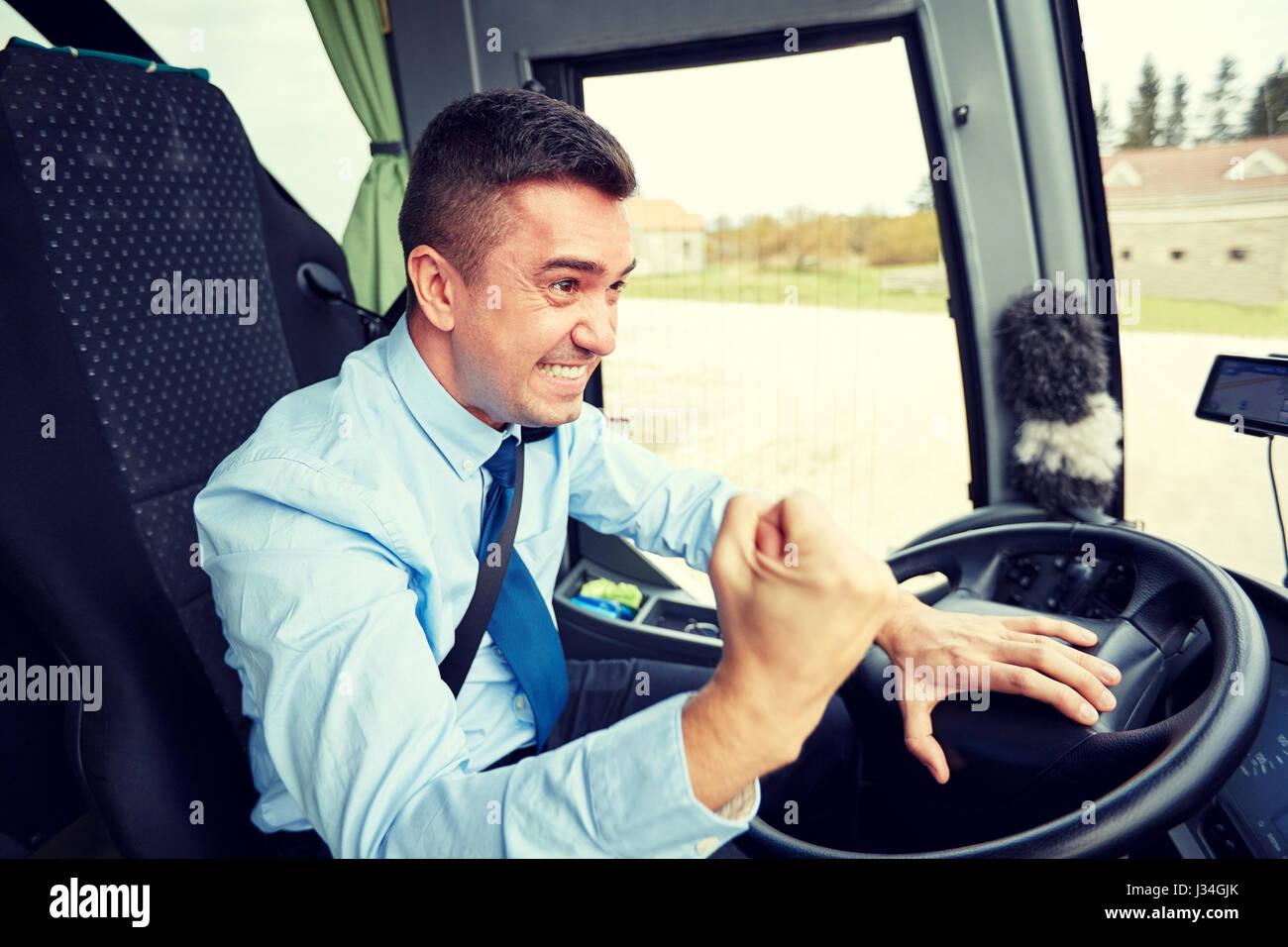 Богатый водитель маршрутки фото