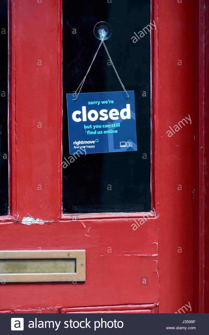 Closed Sign Shop Door Stock Photos & Closed Sign Shop Door ...