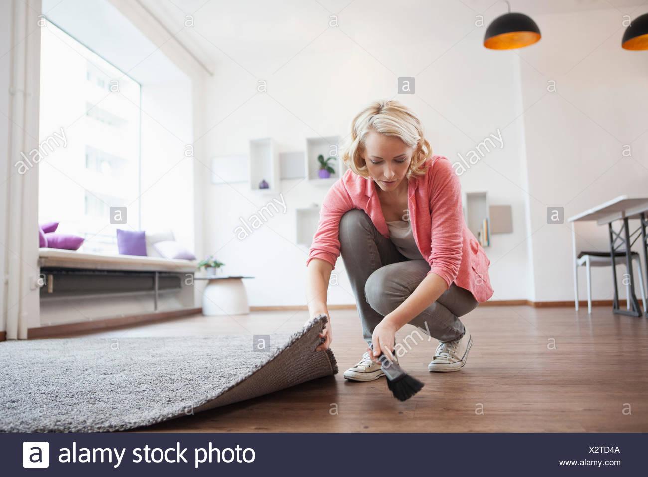 Using Air Brush In Living Room