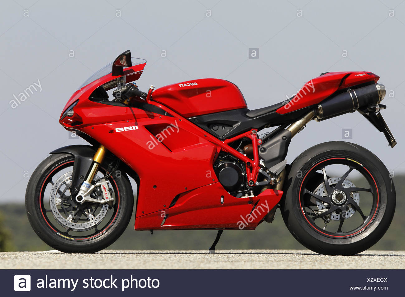 motorcycle italian 1000cc ducati 1198 s side standard right stock