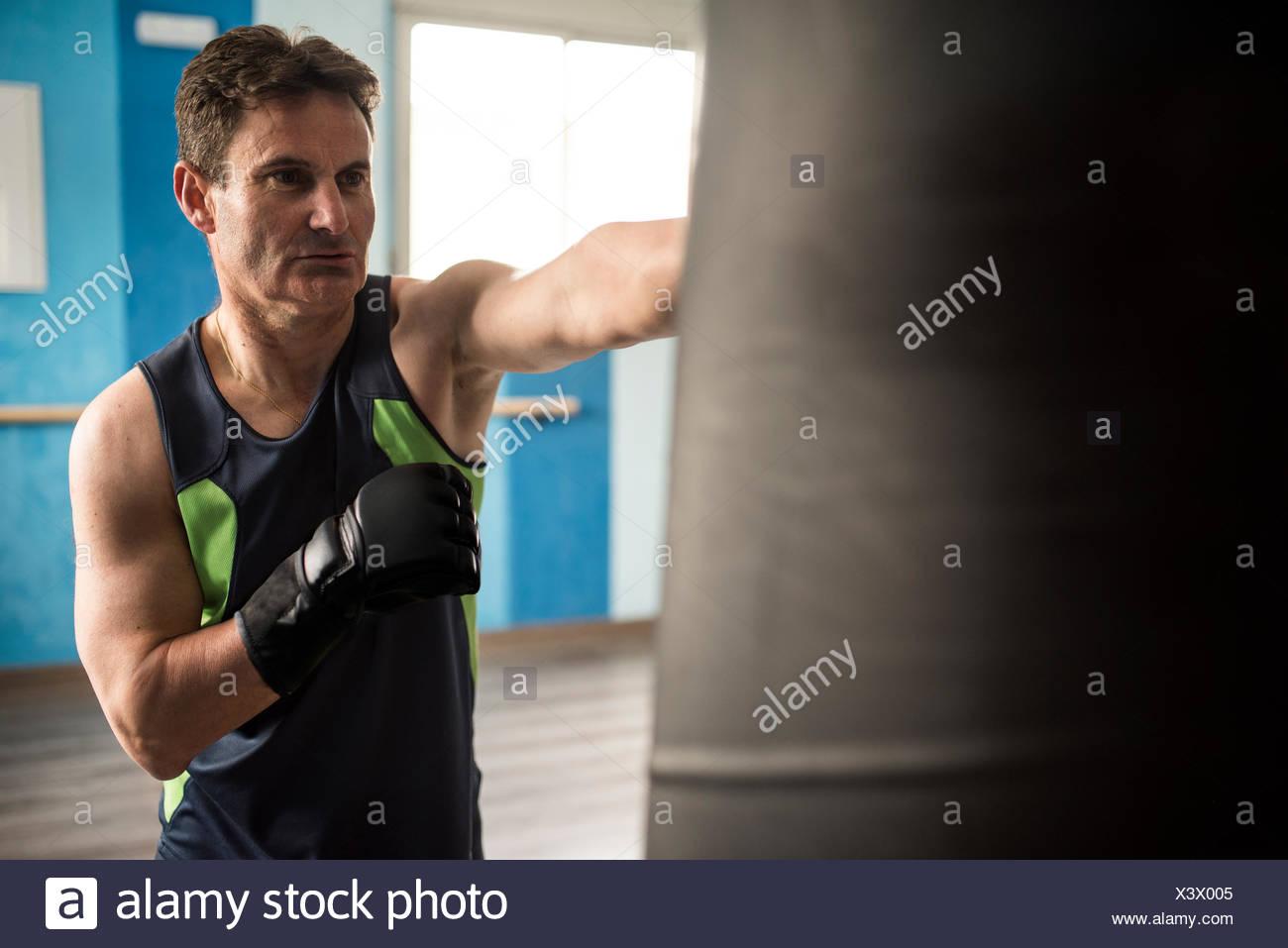 db1e8bf2c03 Senior man boxing in gym Stock Photo  277780613 - Alamy