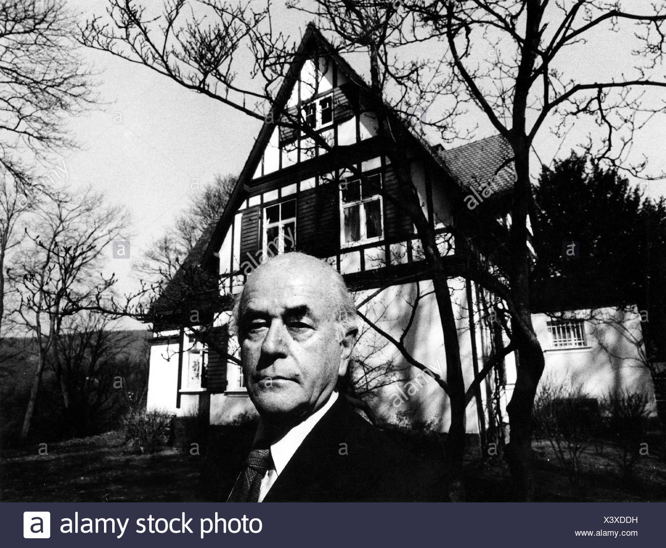 albert speer essay 3 Browse through critical essays on thousands of literary works to find resources for school projects and papers.