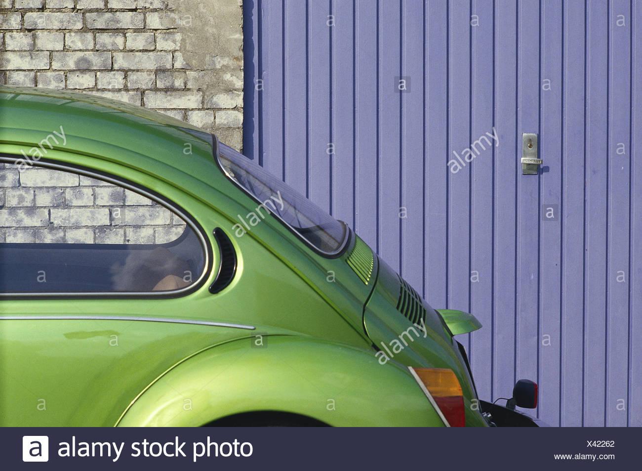 VW Beetle, Garage Door, Defensive Wall, Detail, No Property Release,  Preview, Rear Window, Back, Window, Window Pane, Green, Blue,