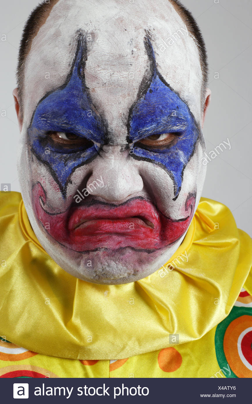 face clown bad peccant wickedly evil halloween expression freak