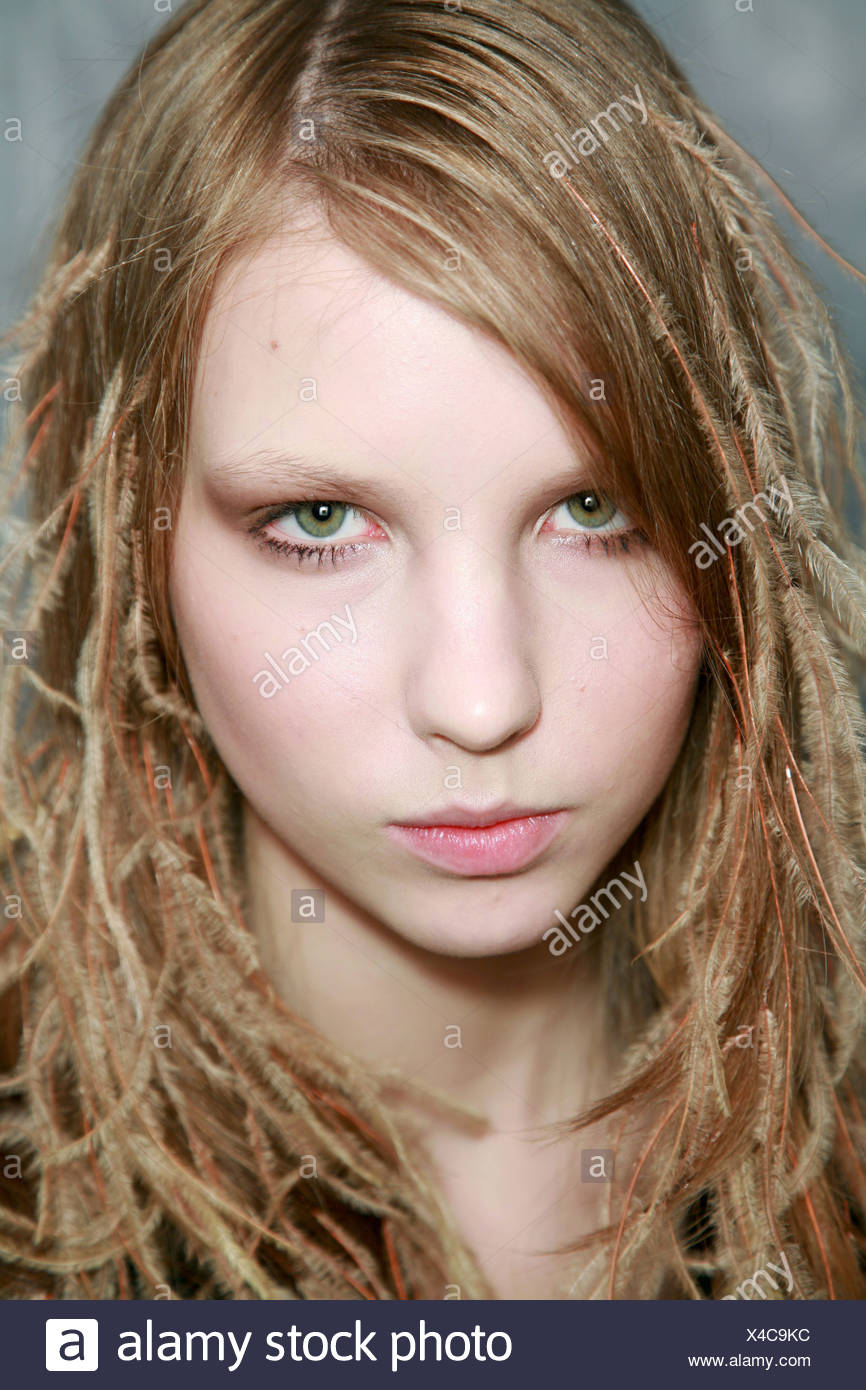 Nina Ricci Backstage Paris Autumn Winter Model Long Dark Blonde Hair