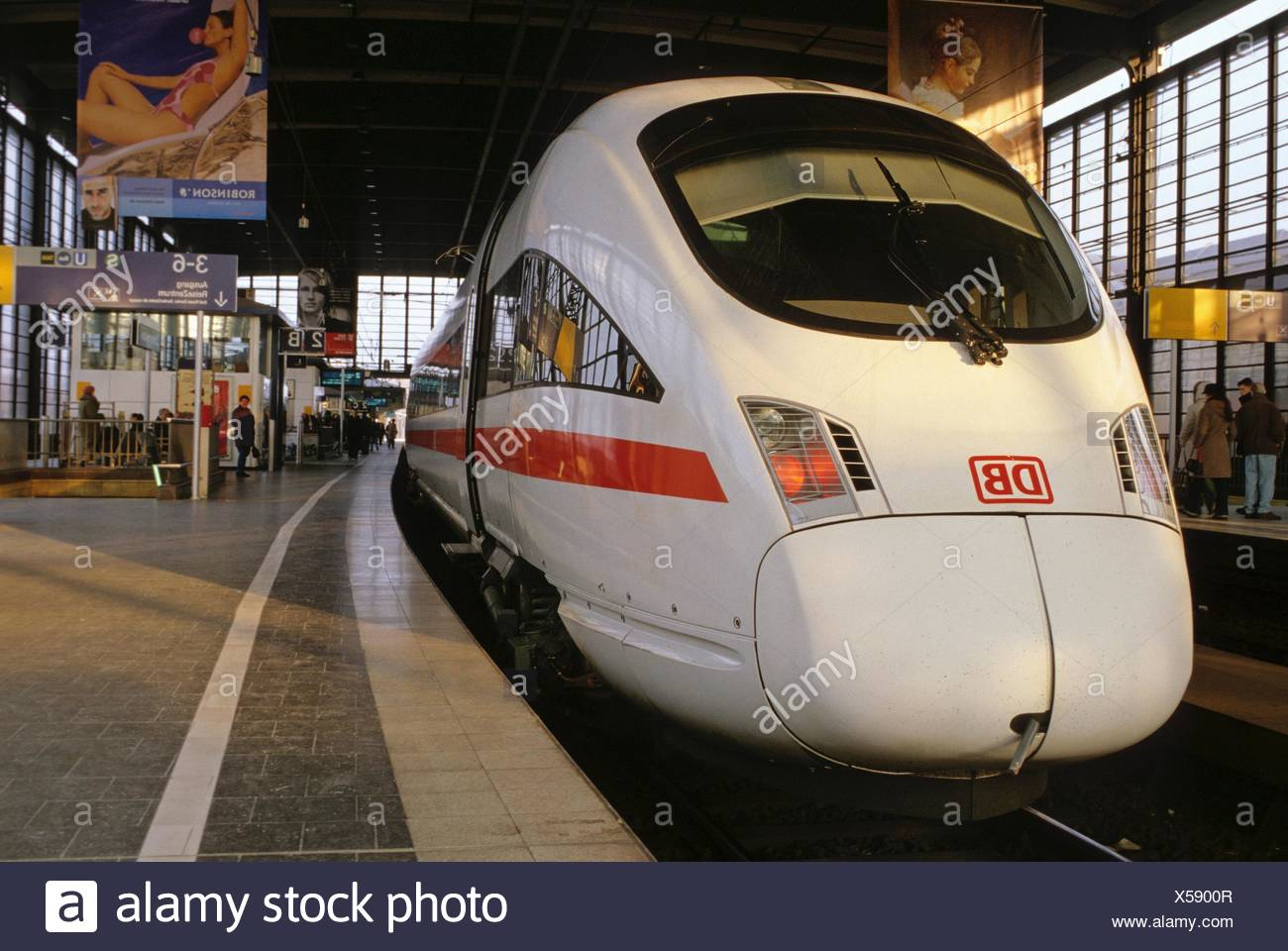 Ice Remote Express To Stop At Bahnhof Zoo Berlin Stock Photo