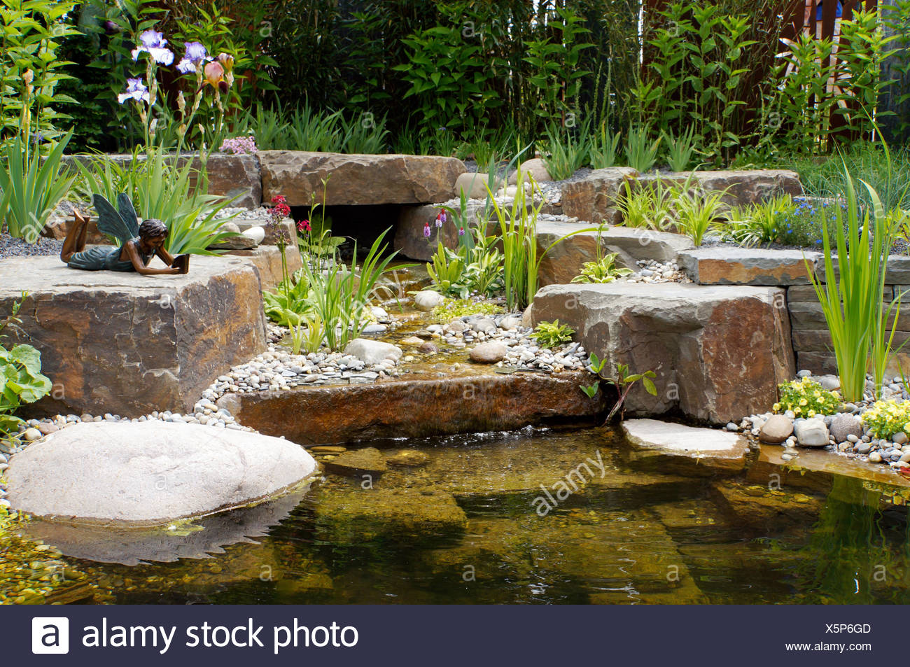Bachlauf Garten Stock Photos & Bachlauf Garten Stock Images - Alamy