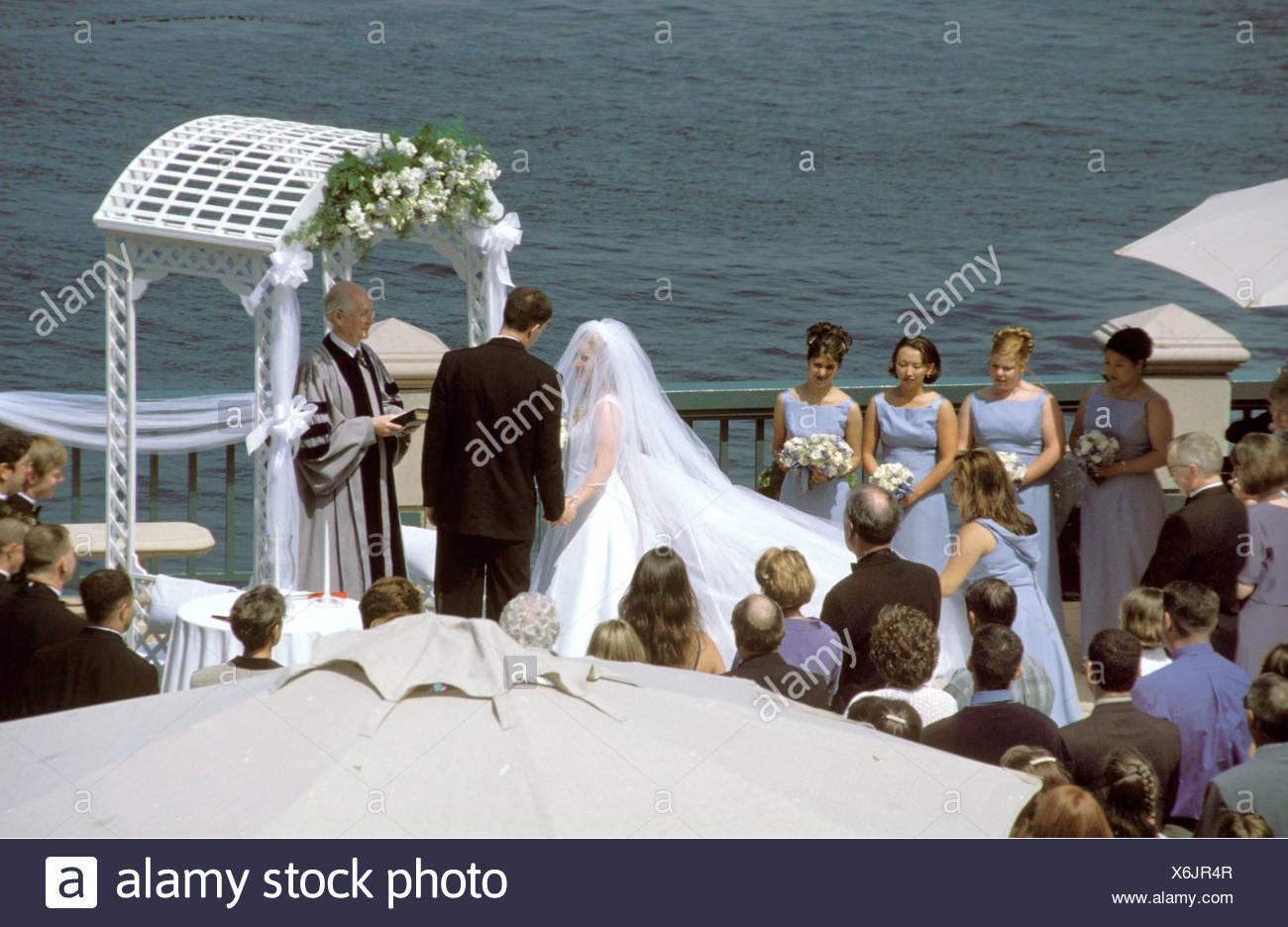 Hochzeitszeremonie In Amerika Stock Photo 279467127 Alamy