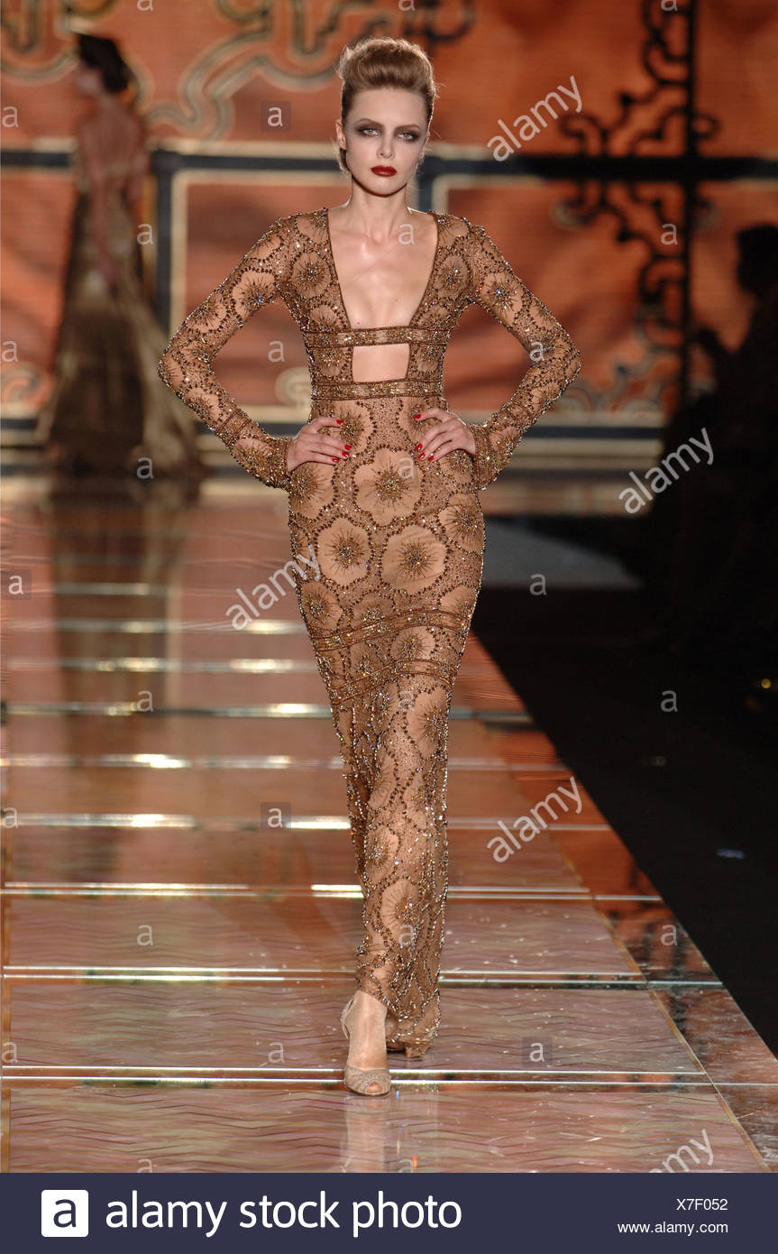 Valentino Paris Haute Couture Autumn Winter Blonde female model ...