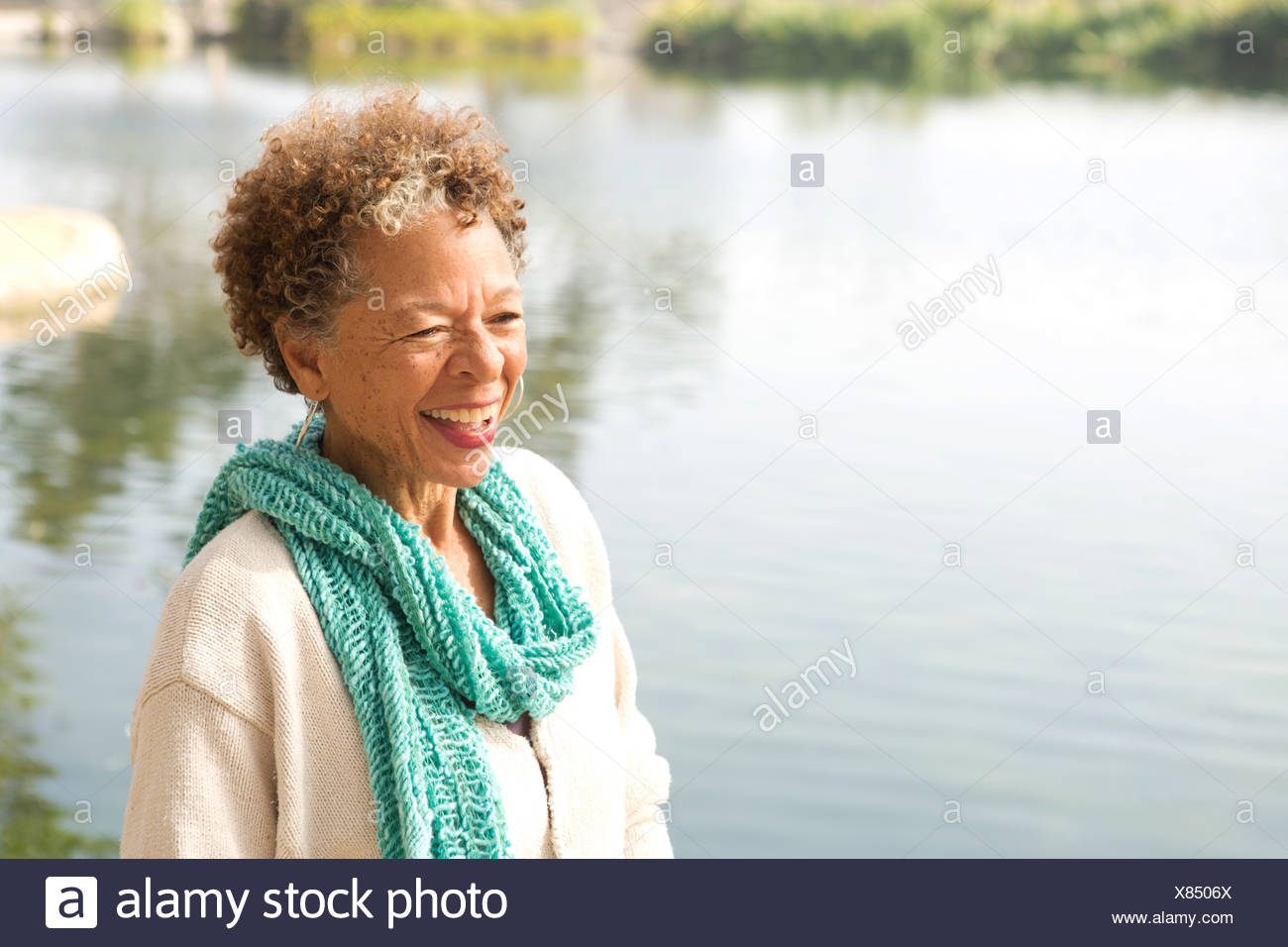 north lake senior singles Active adult communities include single-family homes, town homes, cluster homes, manufactured housing and multifamily housing  talk to a senior housing advisor .