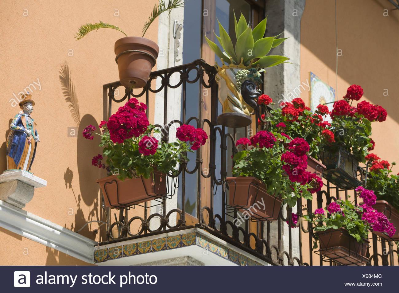 Italien, Insel Sizilien, Taormina, Corso Umberto, Wohnhaus, Detail, Balkon,