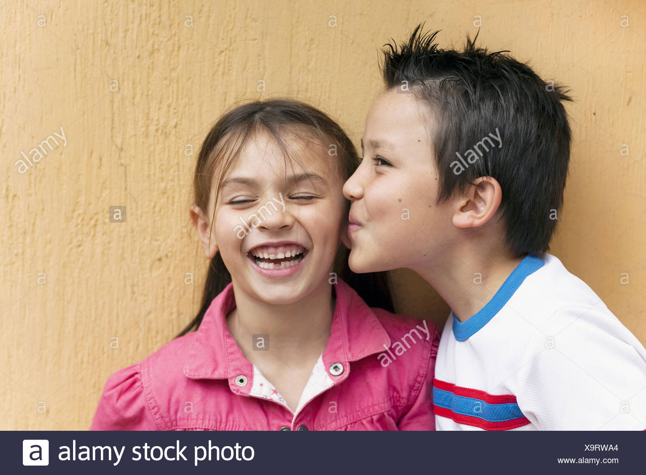 girls first kiss